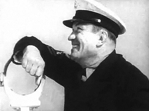 Victor McLaglen in Sea Devils trailer
