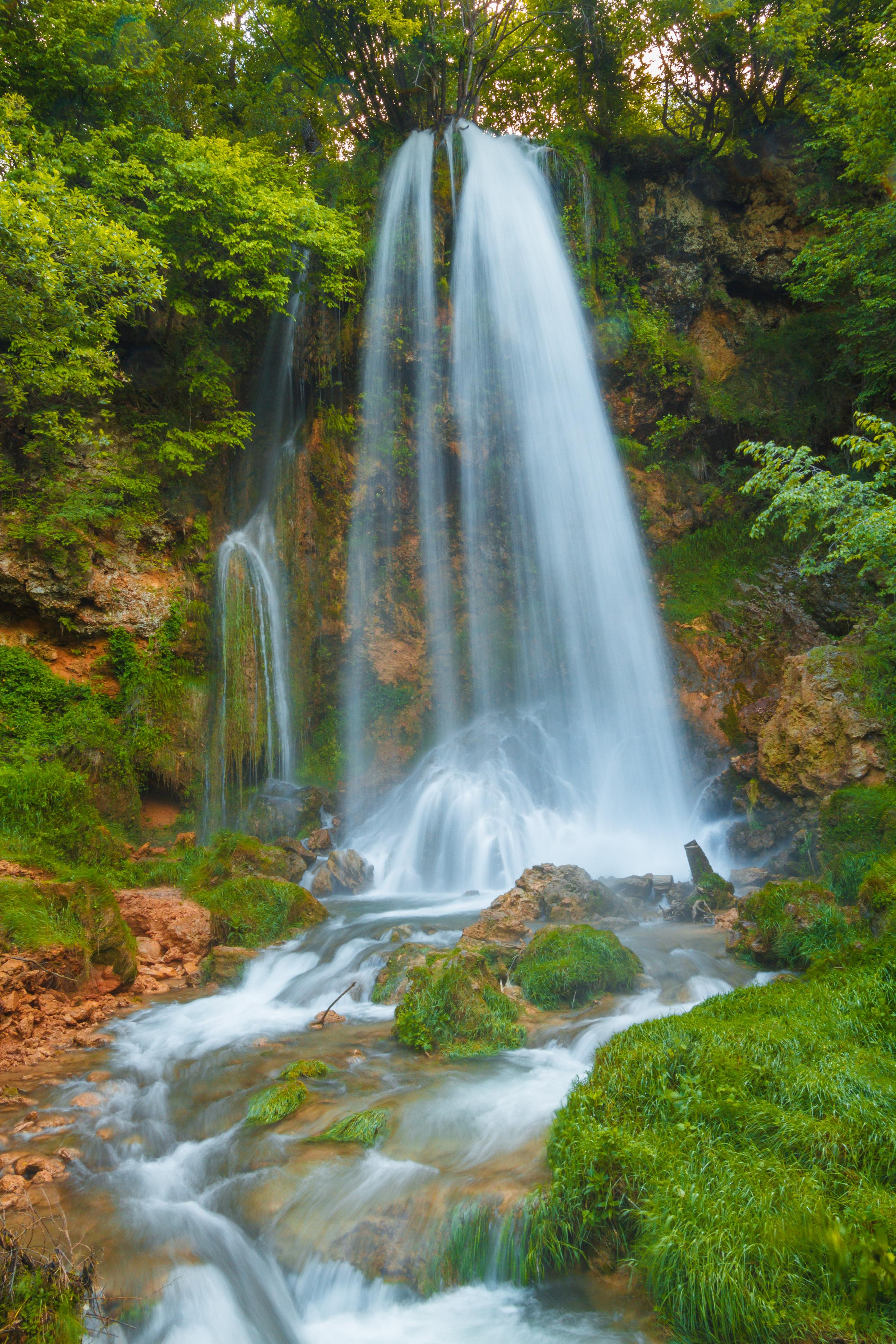 File:Vodopad Gostilje Zlatibor1.jpg - Wikimedia Commons