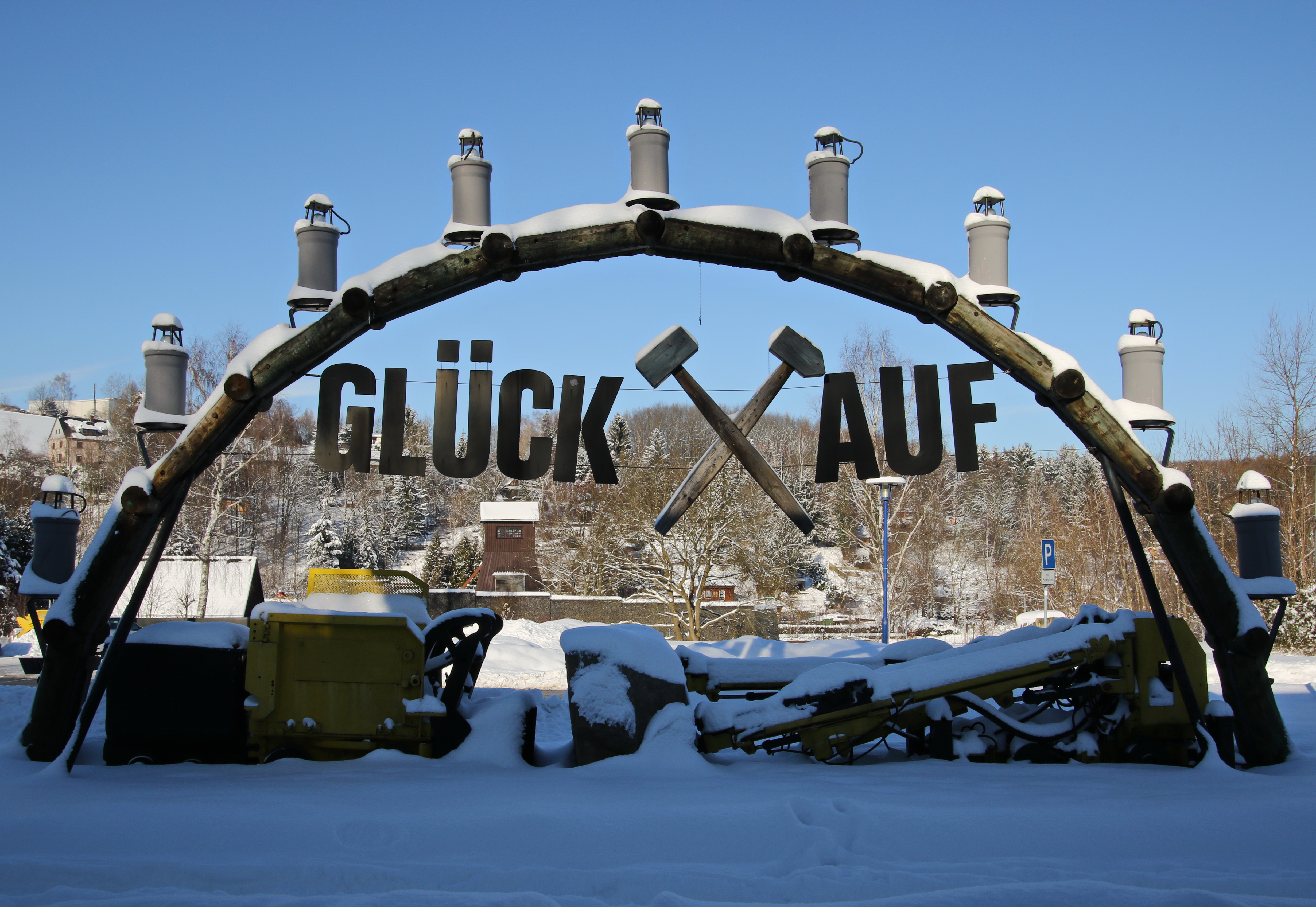 File:Weihnachtsbogen. Bad Schlema. Sachsen.2H1A7701WI.jpg ...