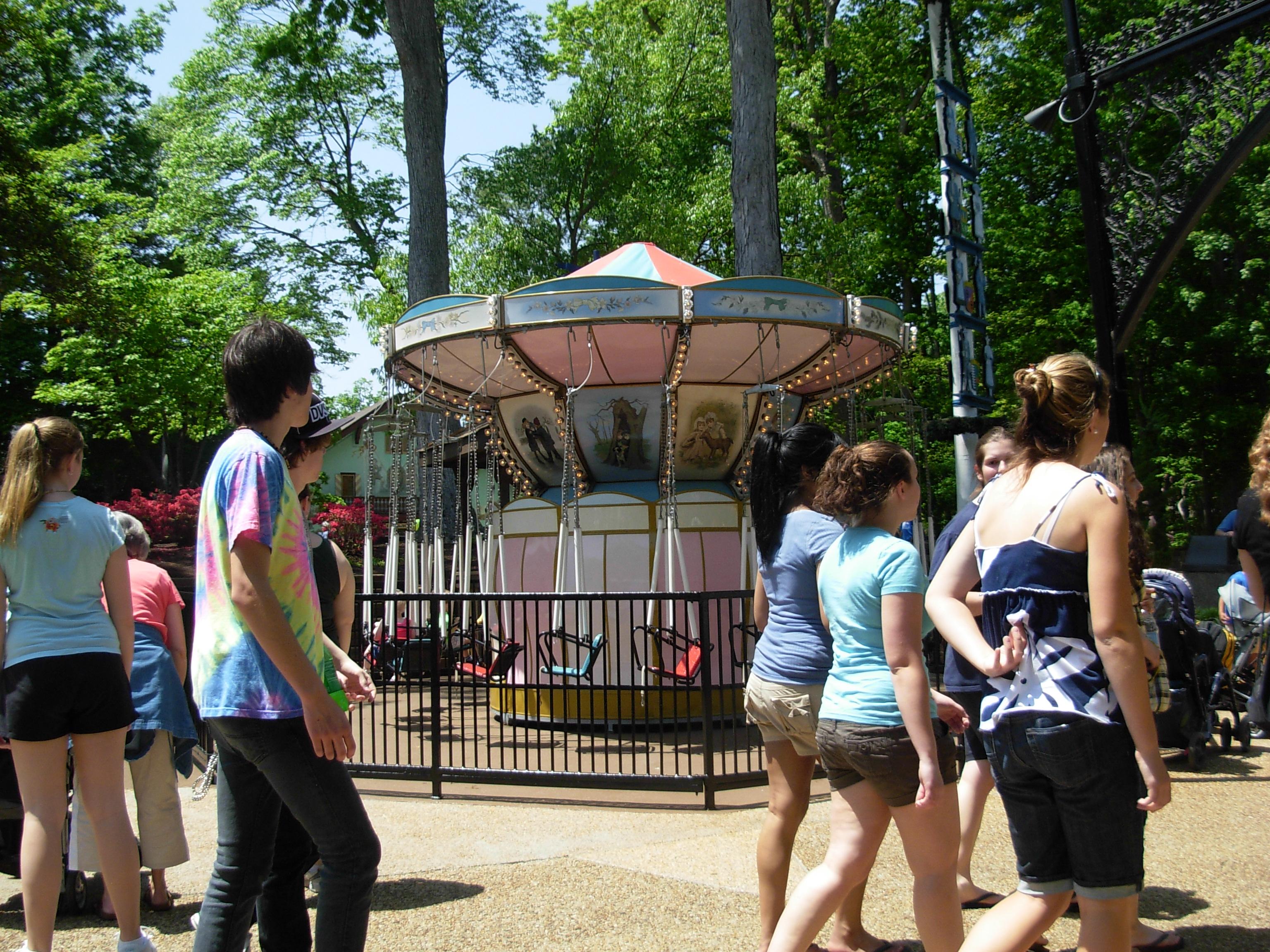 Busch Gardens Williamsburg Open In April Garden Ftempo