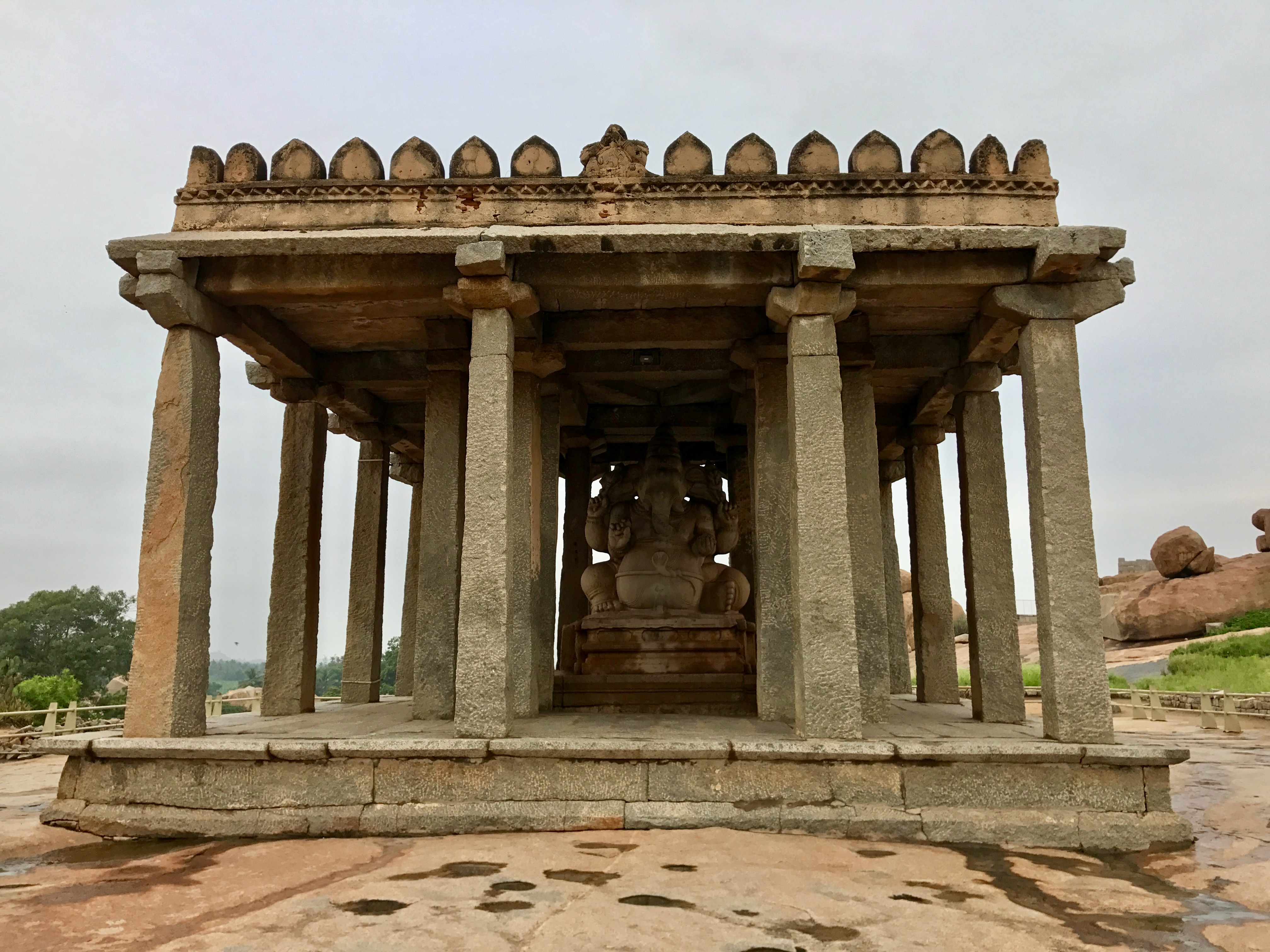 Sasivekalu Ganesha temple, Hemakuta hills, Hampi, India.