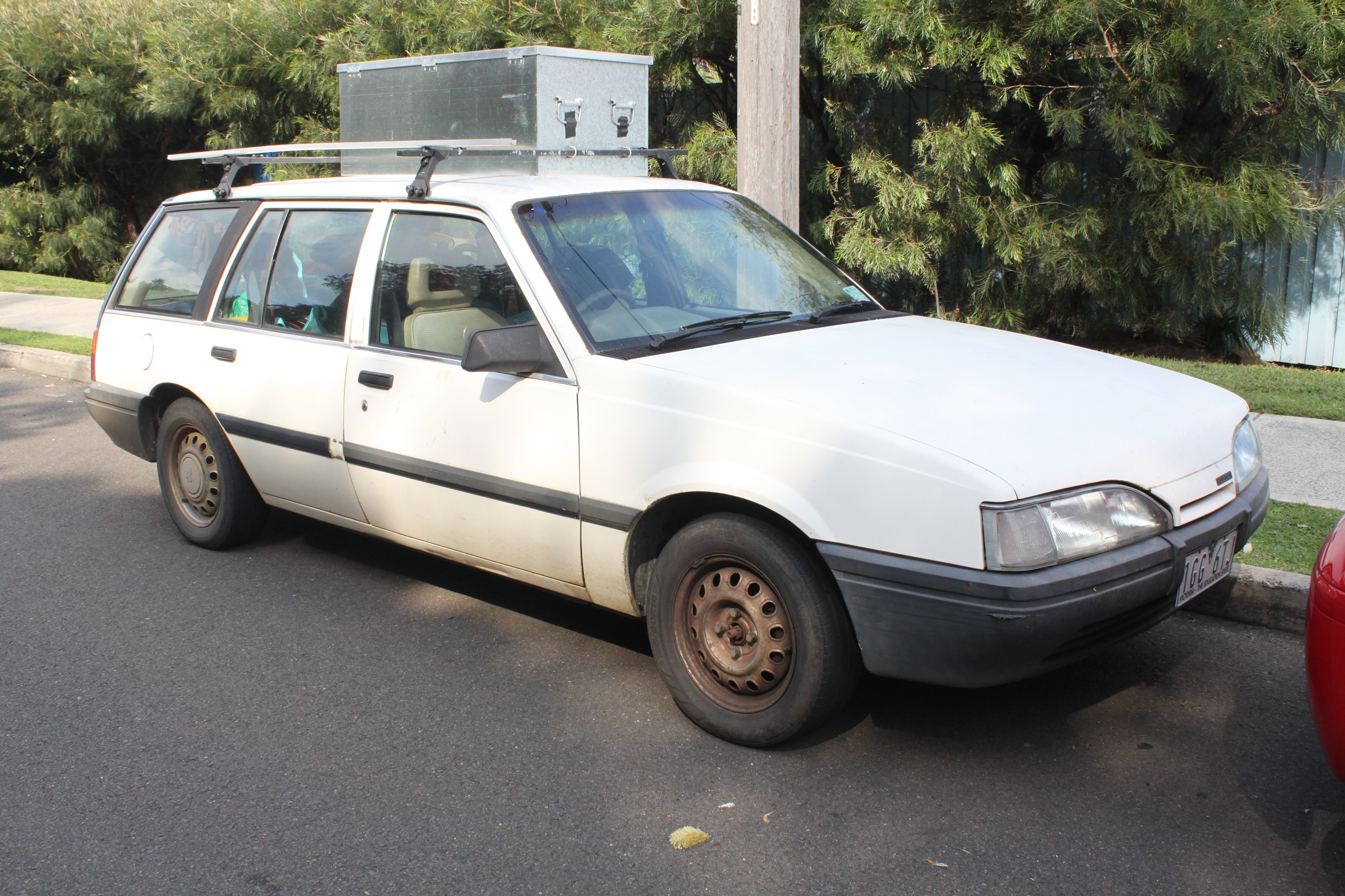File:1988 Holden Camira (JE) SL station wagon (25951206474).jpg ...