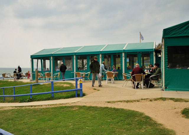 A Cold Day At The Hive Cafe - geograph.org.uk - 1275421