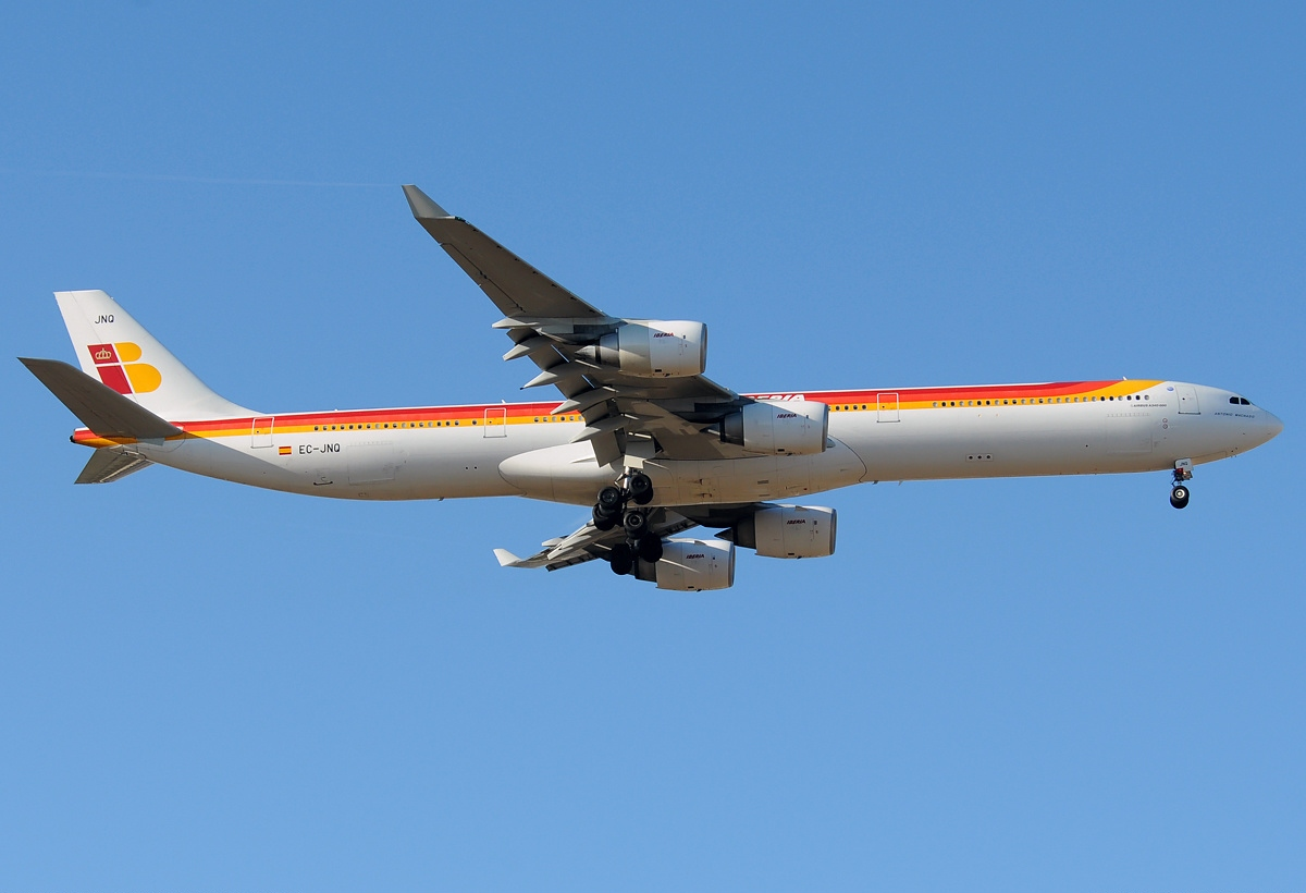 File:Airbus A340-642, Iberia AN2100317 jpg - Wikimedia Commons