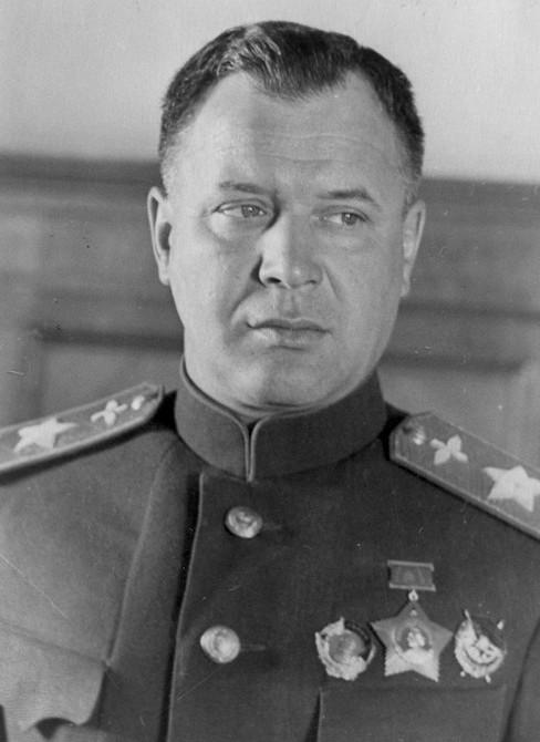 Alexander Novikov, 1943.jpg