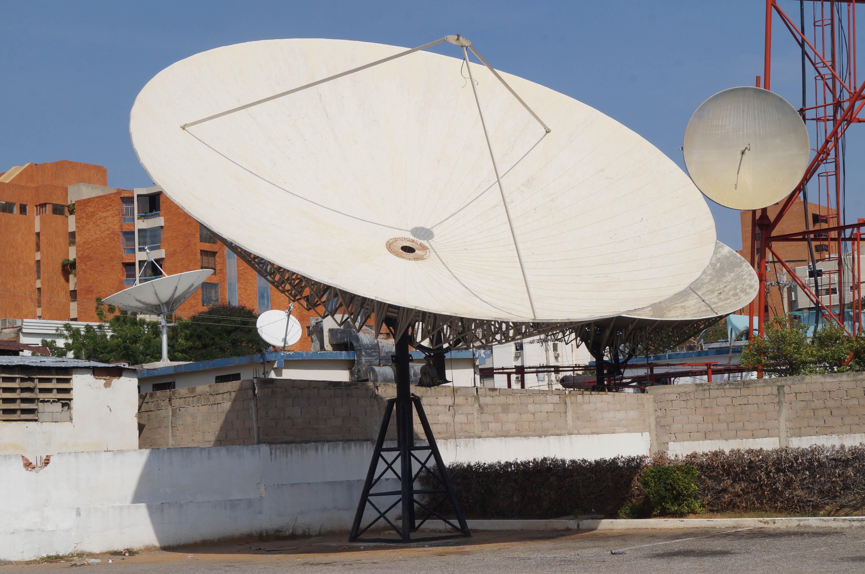 File antena parab wikimedia commons for Antena 3 online gratis