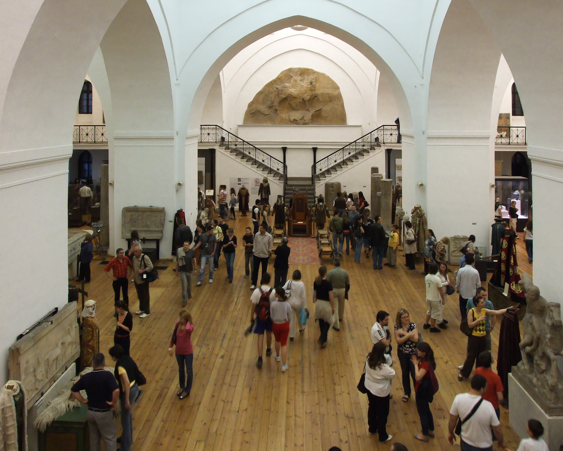 File:Archaeological Museum Sofia interior.jpg - Wikimedia ...