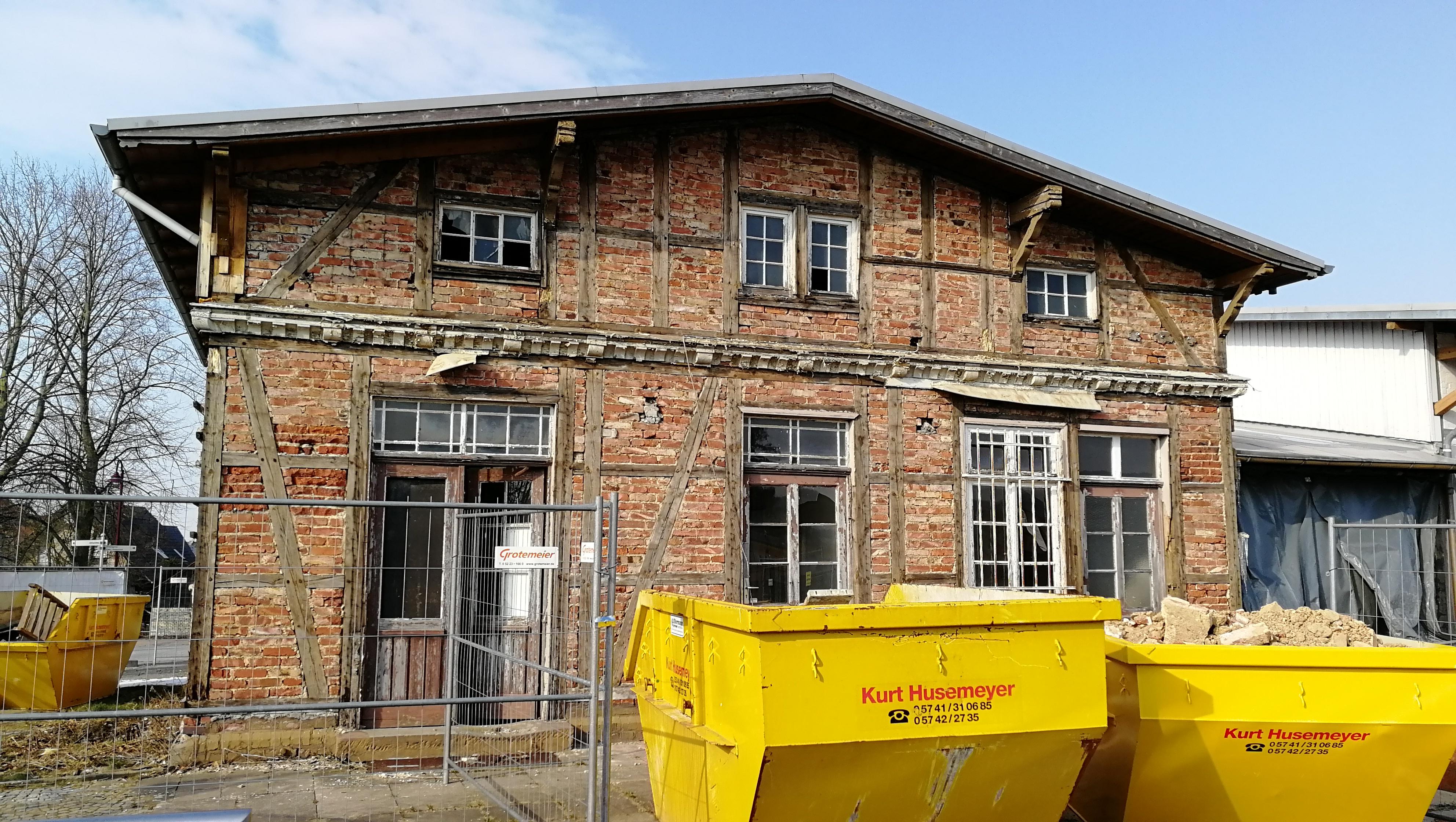 File Bahnhof Holzhausen Heddinghausen 180303 Jpg Wikimedia Commons