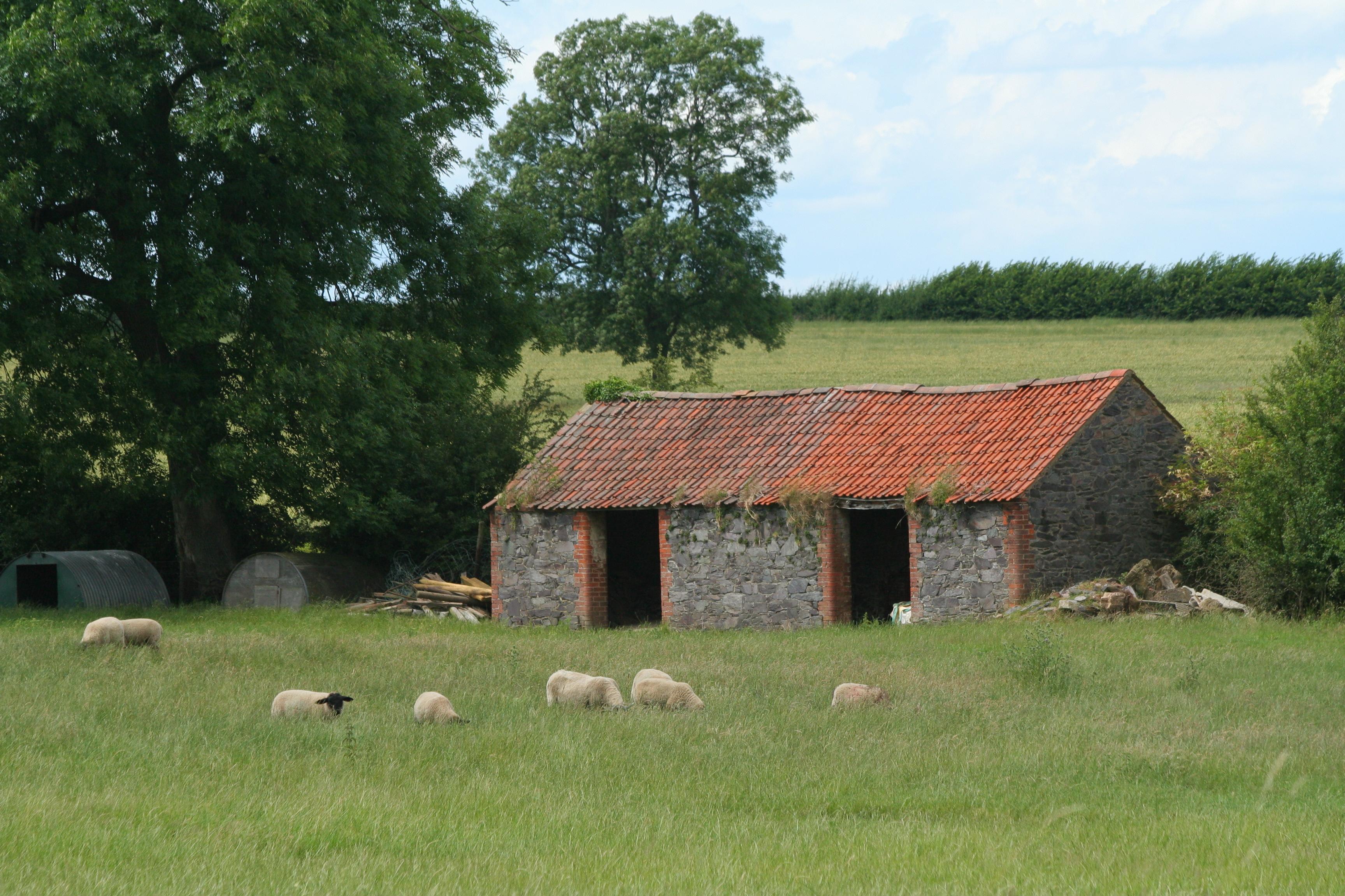 File:Barn, Whatoff Lodge Farm (3690257299).jpg - Wikimedia ...