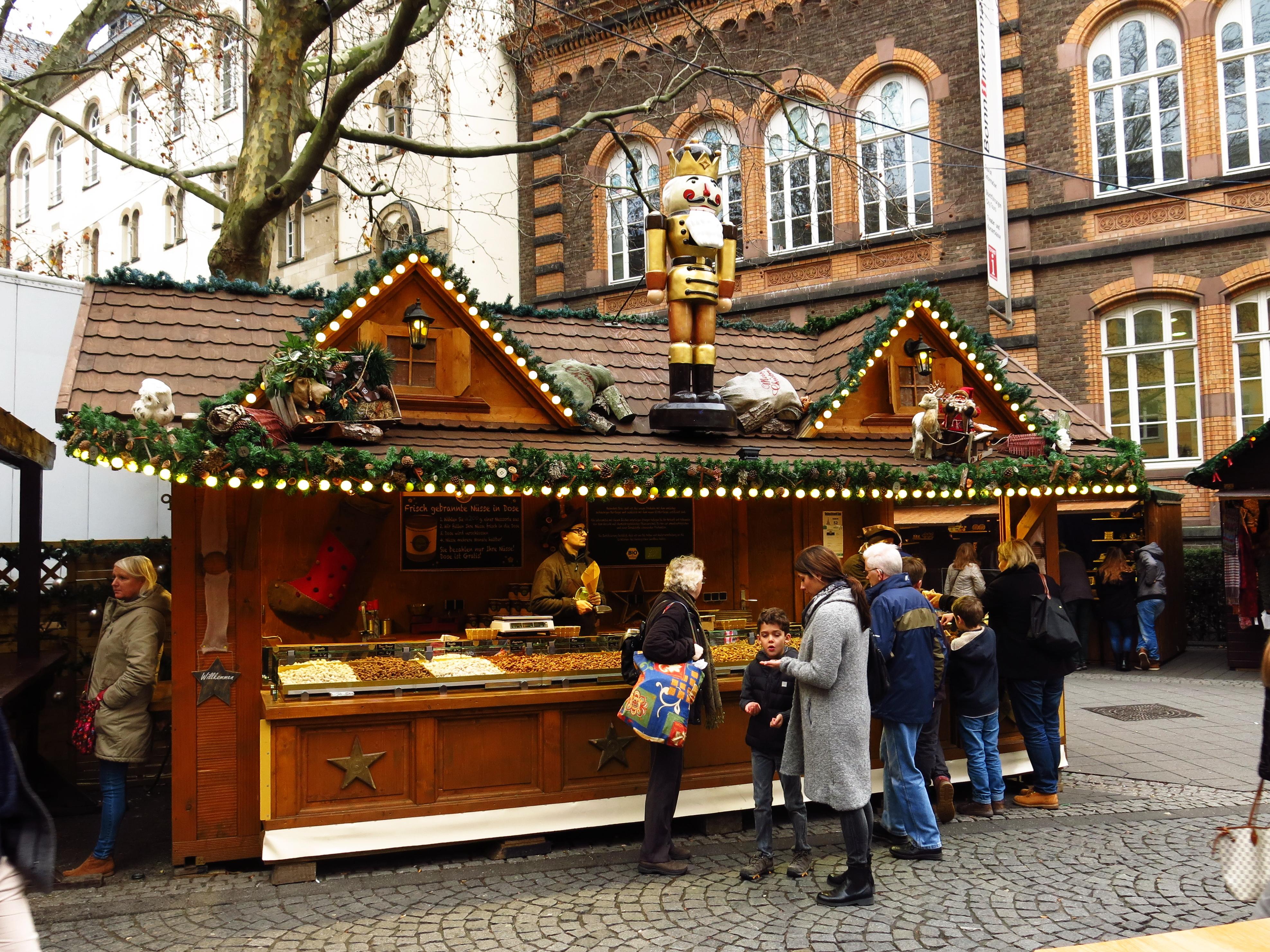 Weihnachtsmarkt Bonn.File Bonn Weihnachtsmarkt 2015 07 Jpg Wikimedia Commons