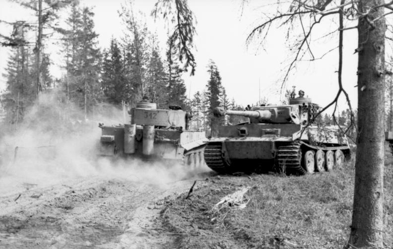 Tiger 312 passes Tiger 322