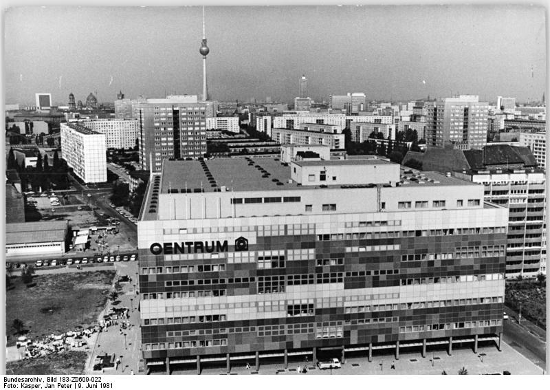 "Bundesarchiv Bild 183-Z0609-022, Berlin, ""Centrum""-Warenhaus"