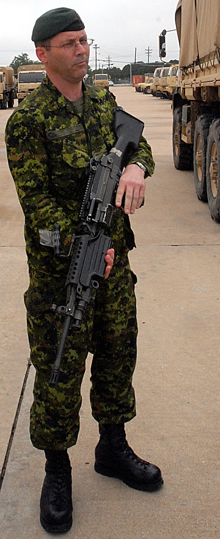 Canadian_with_M240.jpg