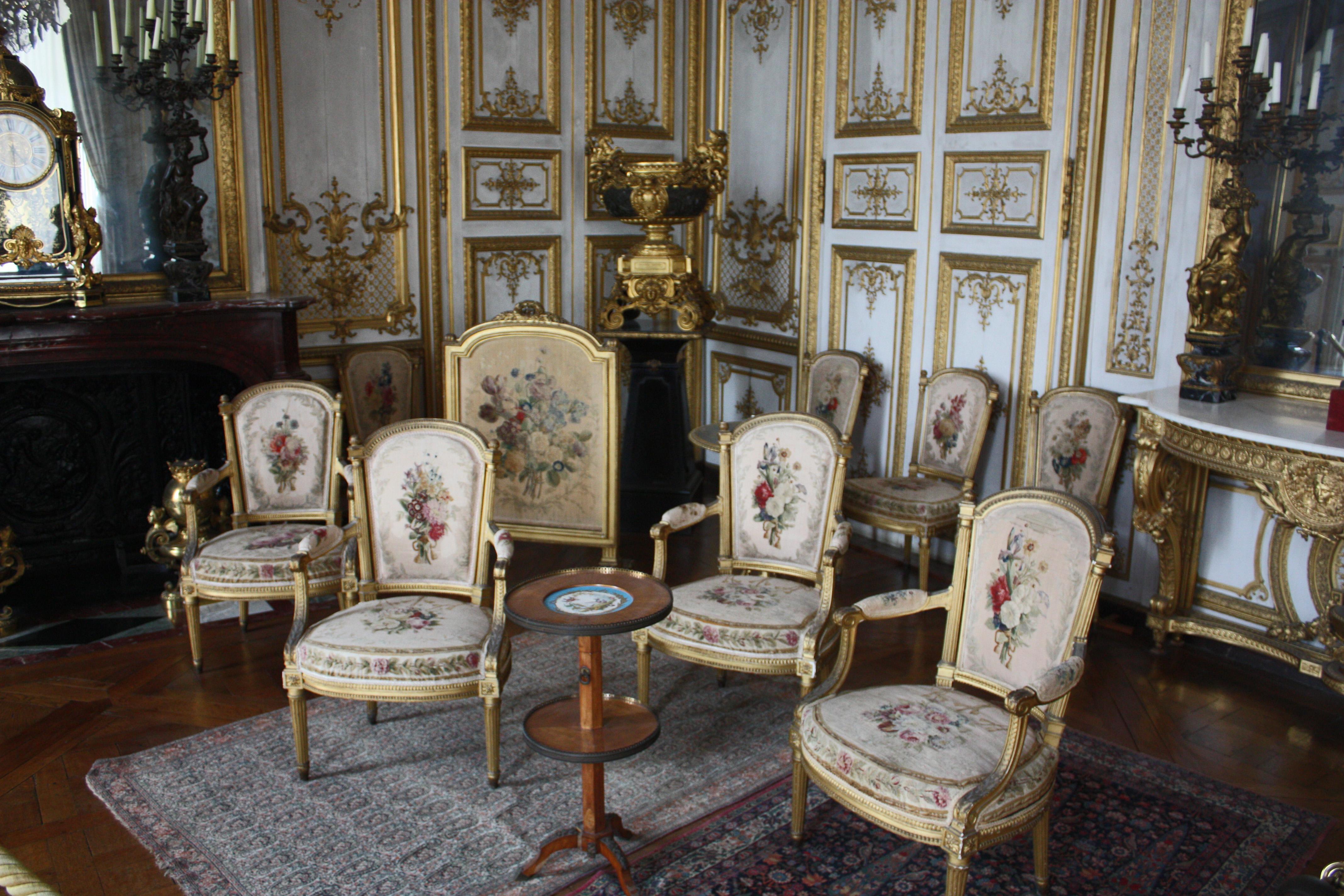 File ch teau de chantilly salon de musique mobilier for Salon du mobilier paris