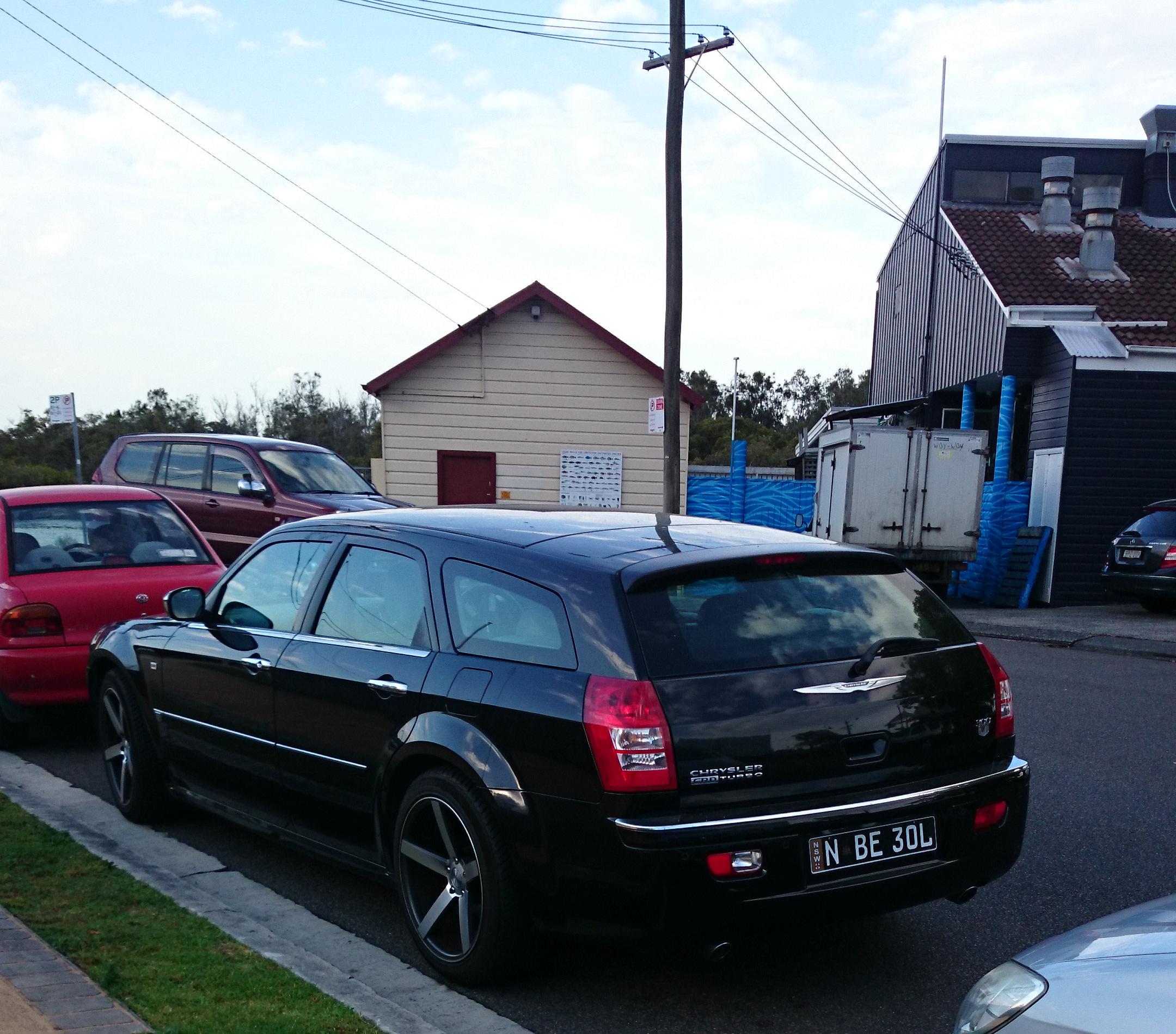 File:Chrysler 300C Touring CRD Turbo Diesel (16016574900