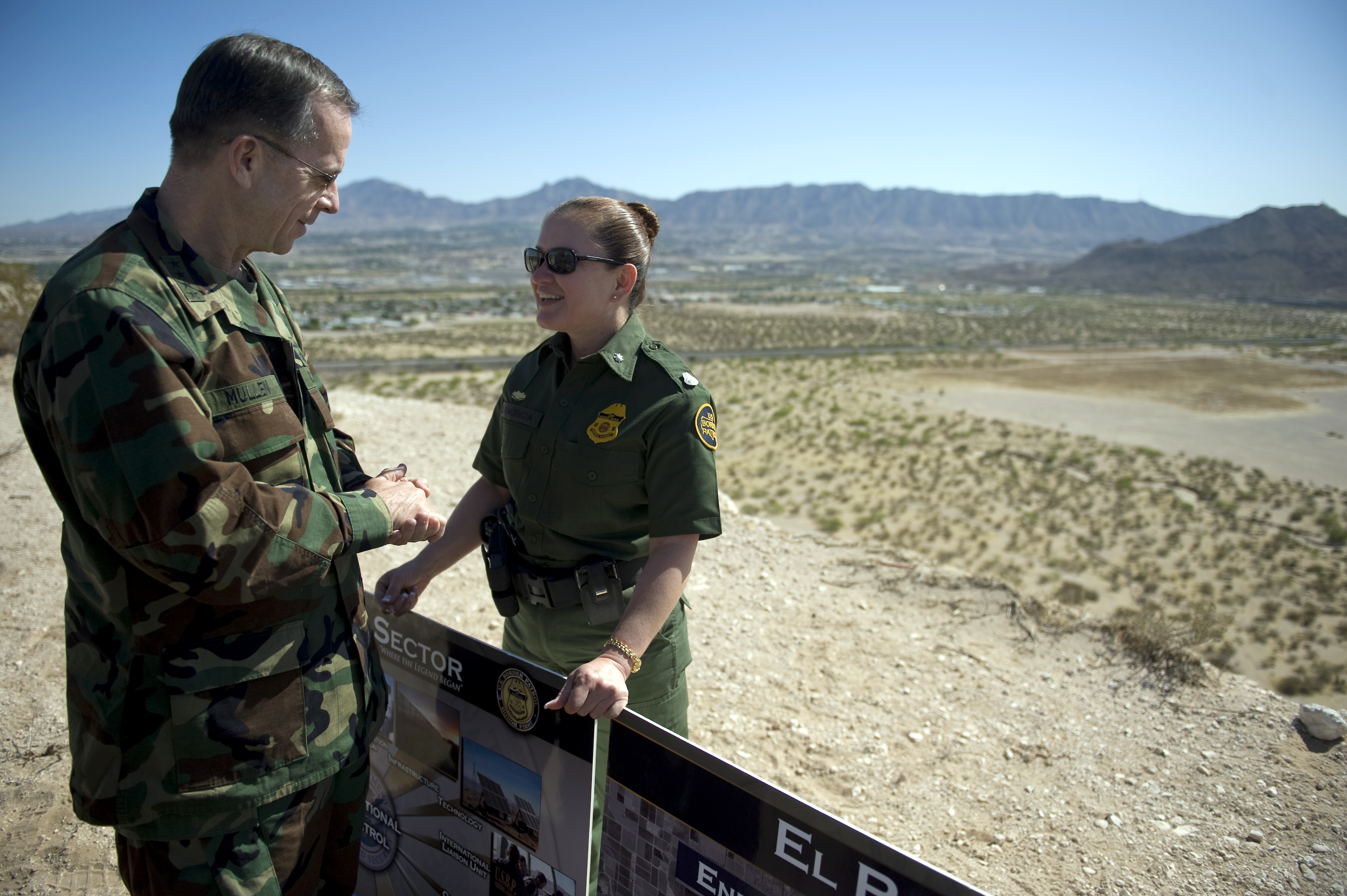 border patrol state silko essay View essay - boader issues paper from cj 101 at new mexico state university draw a (border) line leslie silkos the border patrol state and lance morrows cowboys and immigrants contain similar and.