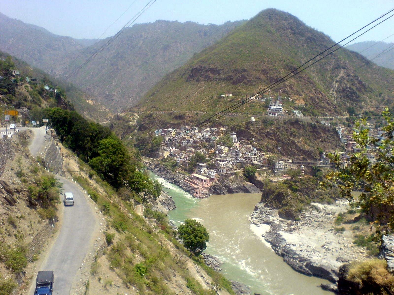 place where alaknanda and bhagirathi meet