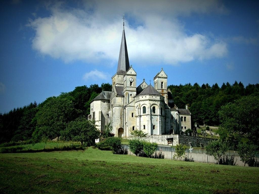 File:Eglise Notre-Dame de l'Assomption de Mont-devant ...