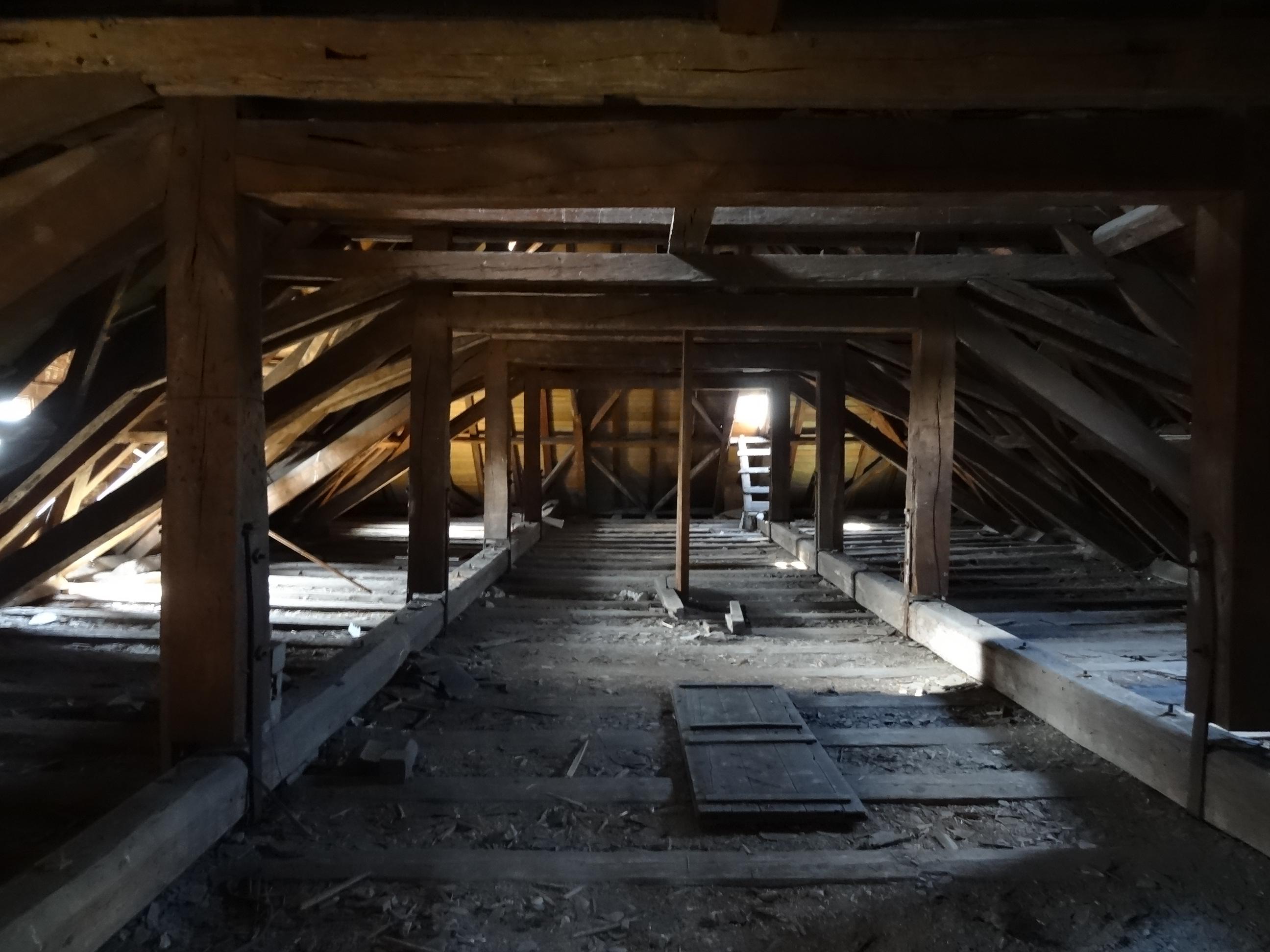 Bezaubernd Dachboden Dekoration Von File:evangelische Kirche Bellersheim 01.jpg