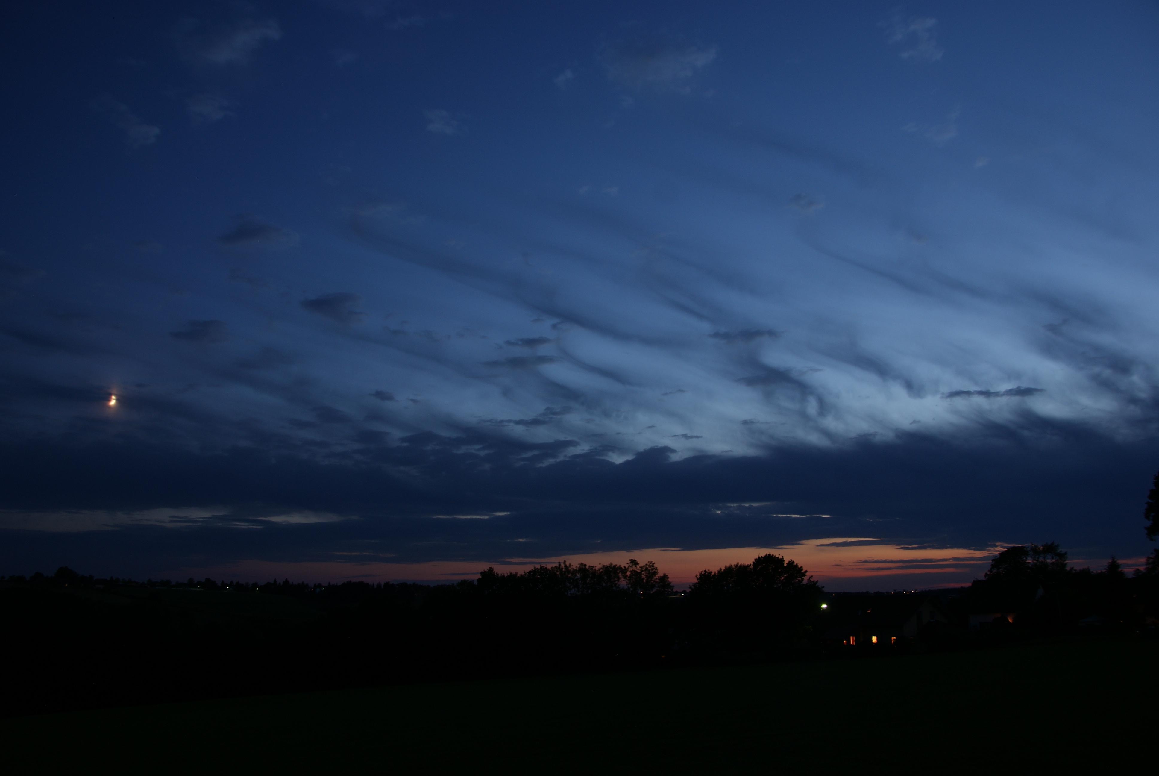 File:Evening sky near Passau.jpg - Wikimedia Commons