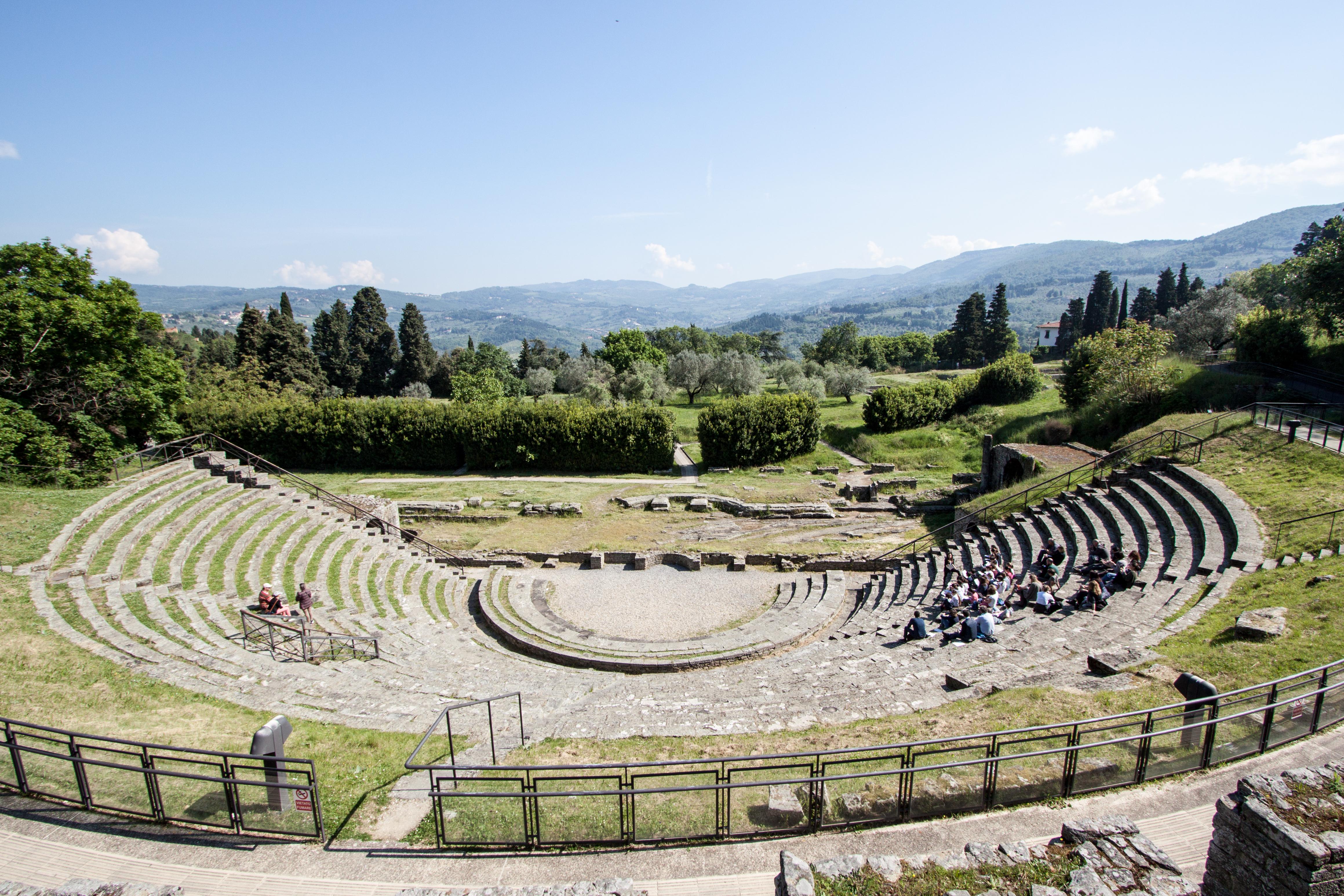 Fiesole, Roman theatre, 2016-05-07.jpg