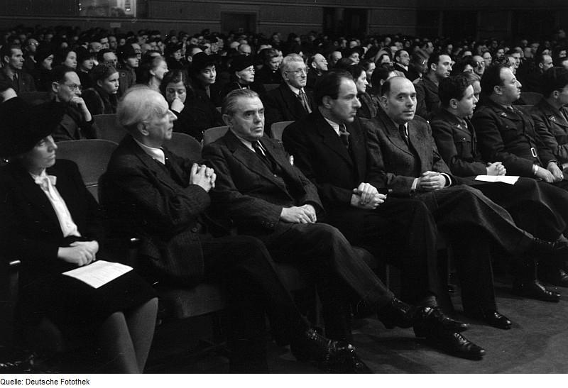 ... of Jewish Refugees (AJR) recalls the tragic events of Kristallnacht