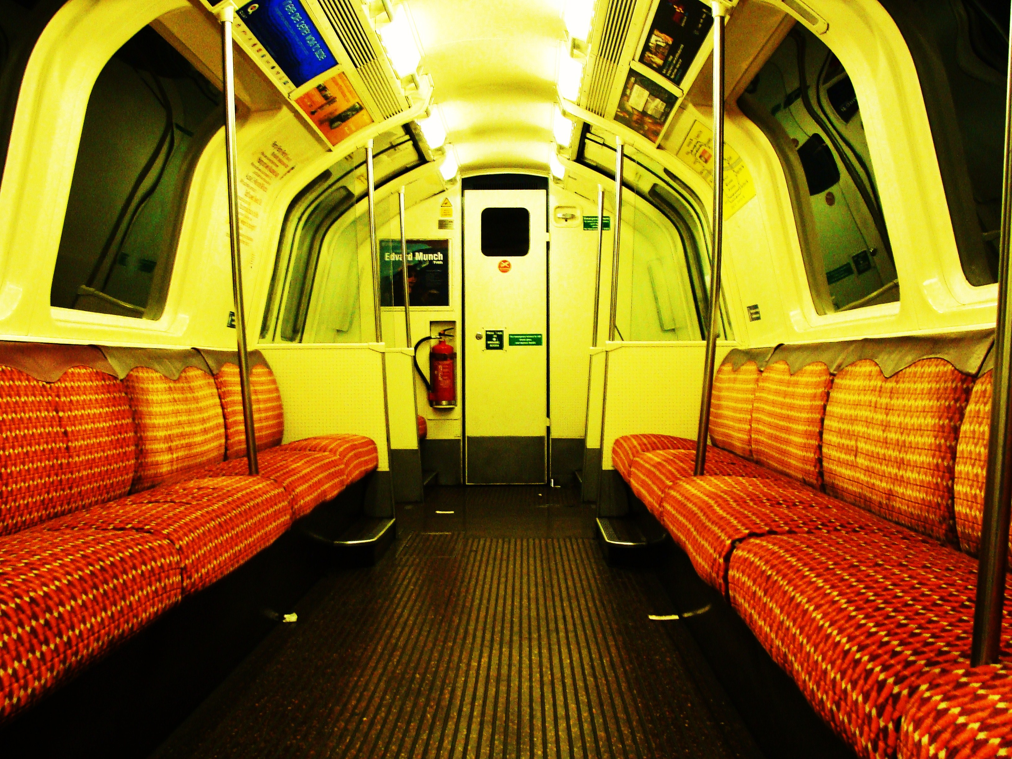 file glasgow subway car wikimedia commons. Black Bedroom Furniture Sets. Home Design Ideas