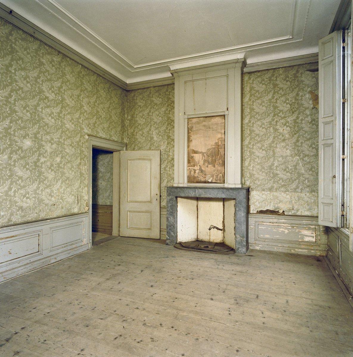 File interieur beneden kamer papierbehangsel for Kamer interieur