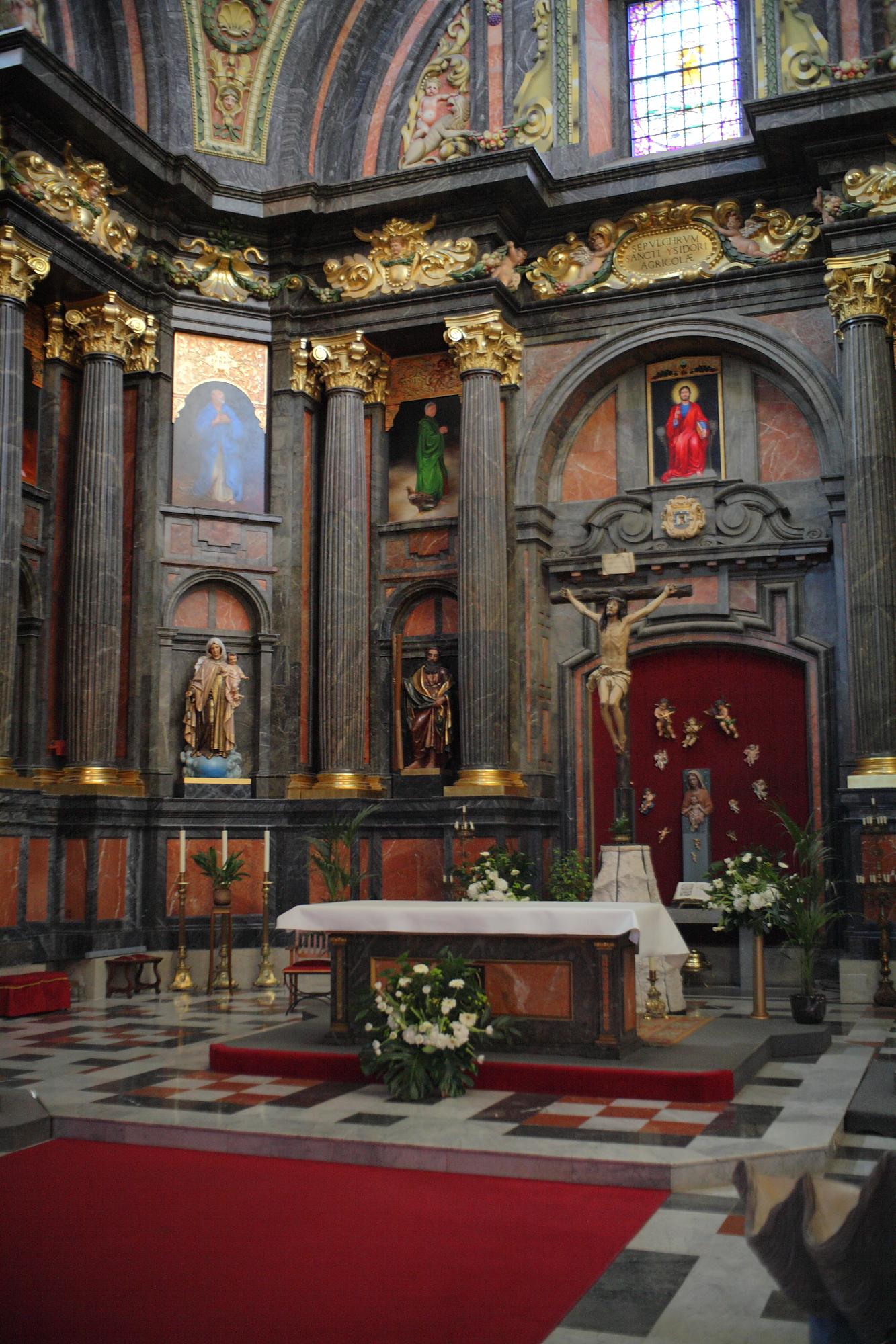 File:Iglesia de San Andrés Madrid.jpg - Wikimedia Commons