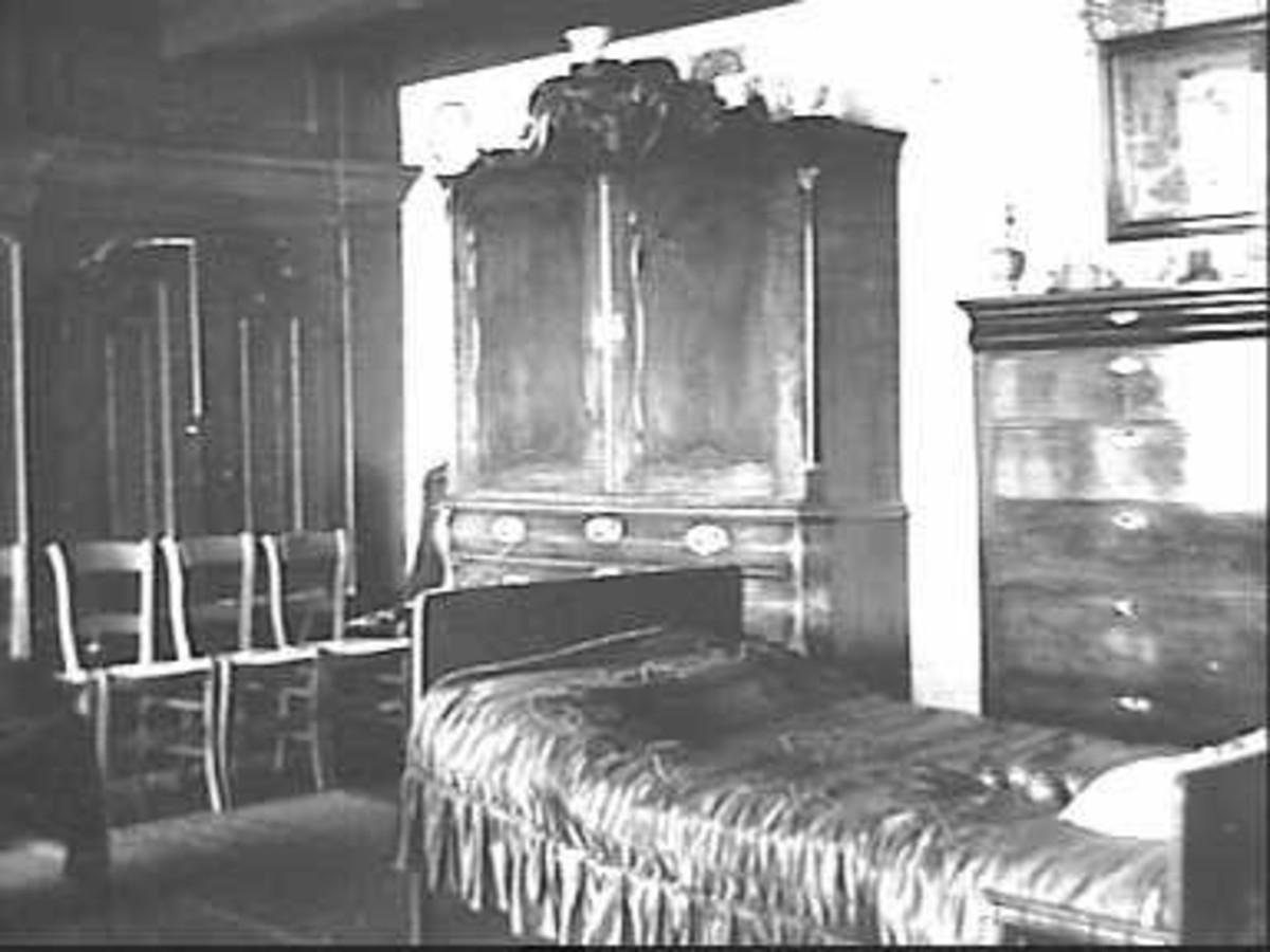 File interieur woonkamer met kabinet ladenlast en zicht for Interieur kabinet