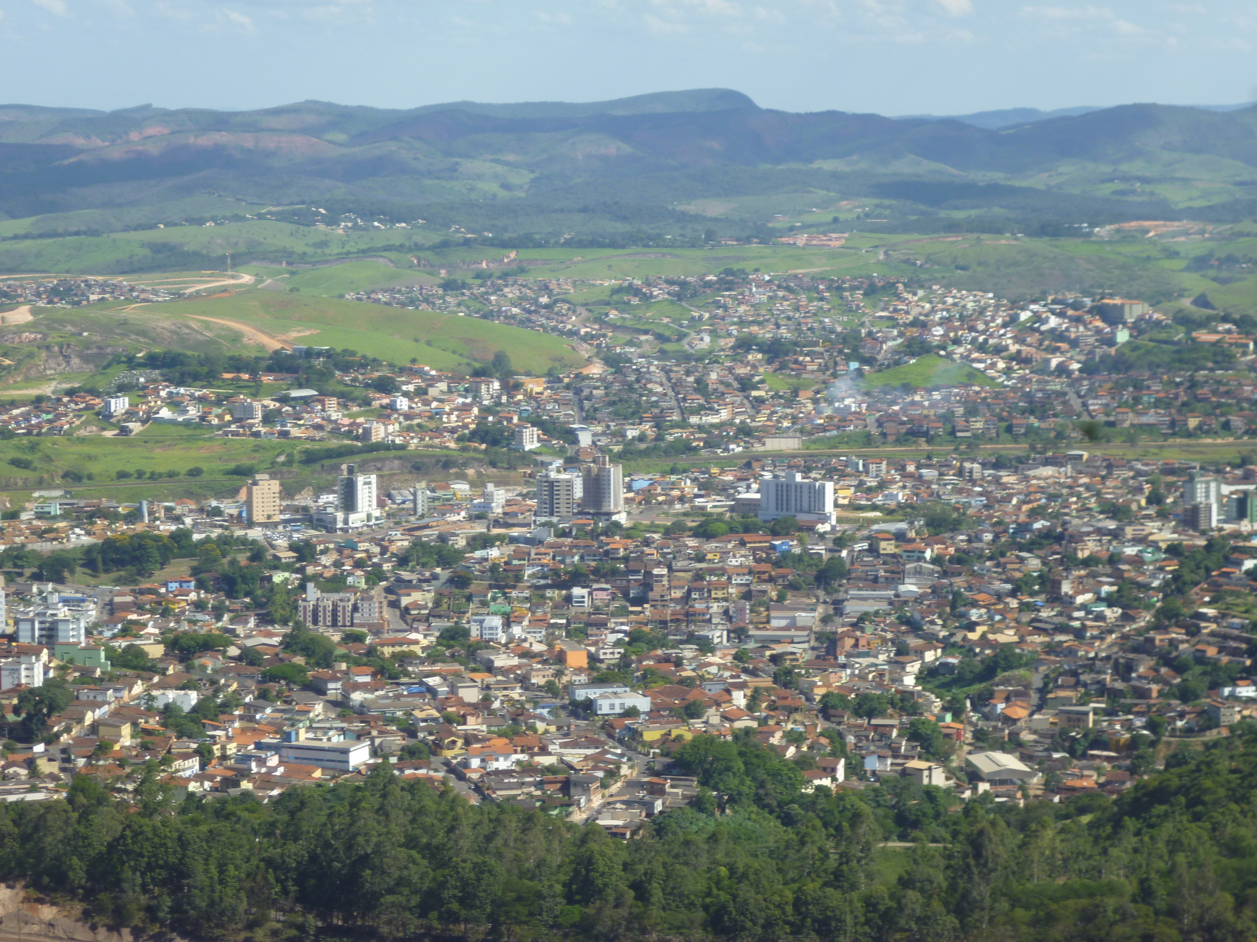 Itabira Minas Gerais fonte: upload.wikimedia.org