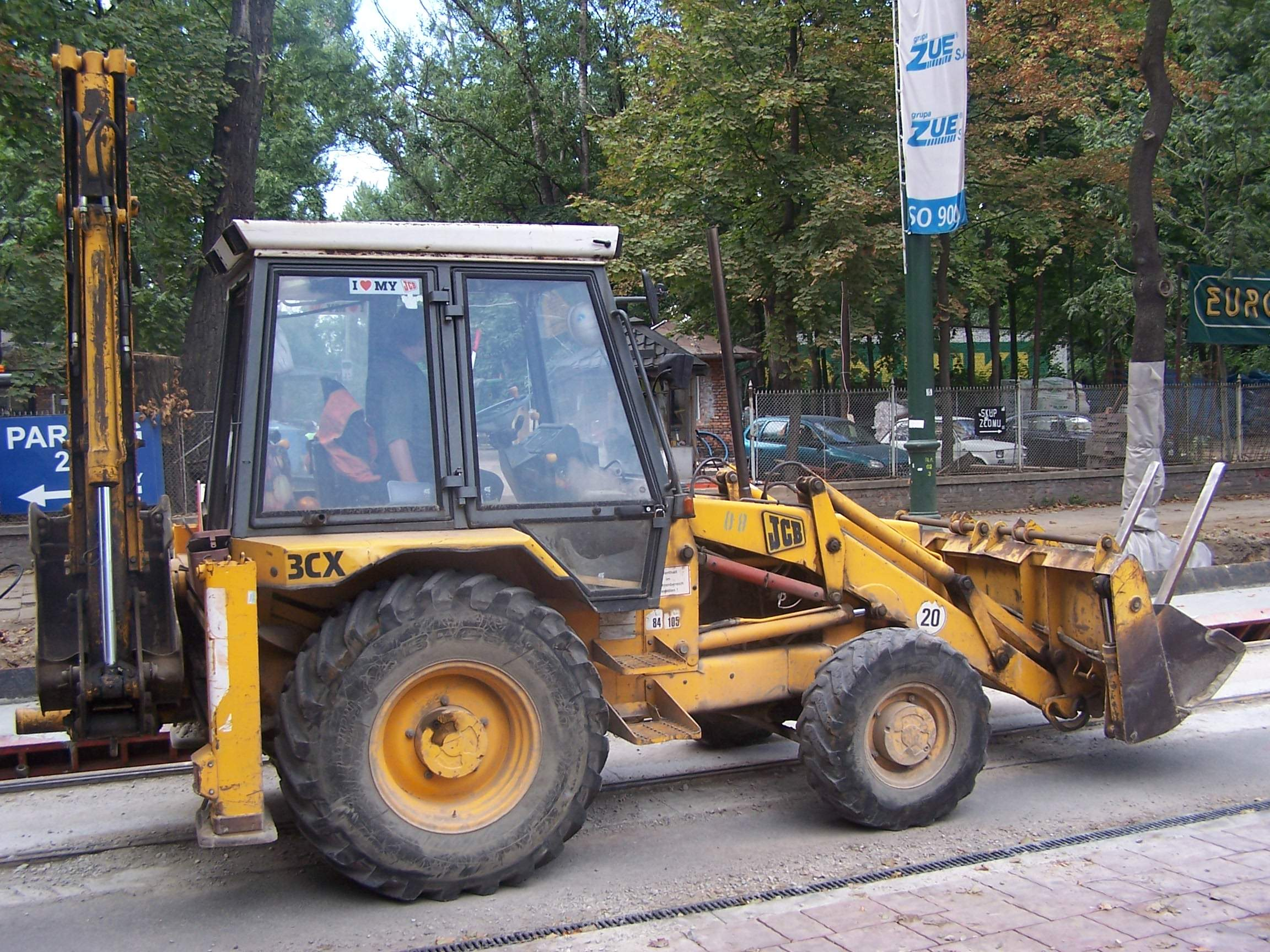File:JCB machine 01 JPG - Wikimedia Commons