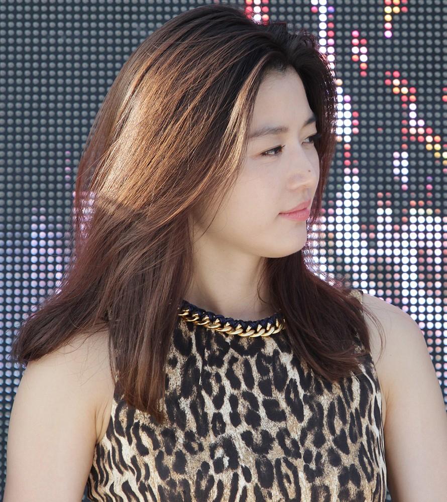 Ji-hyun Jun Nude Photos 79