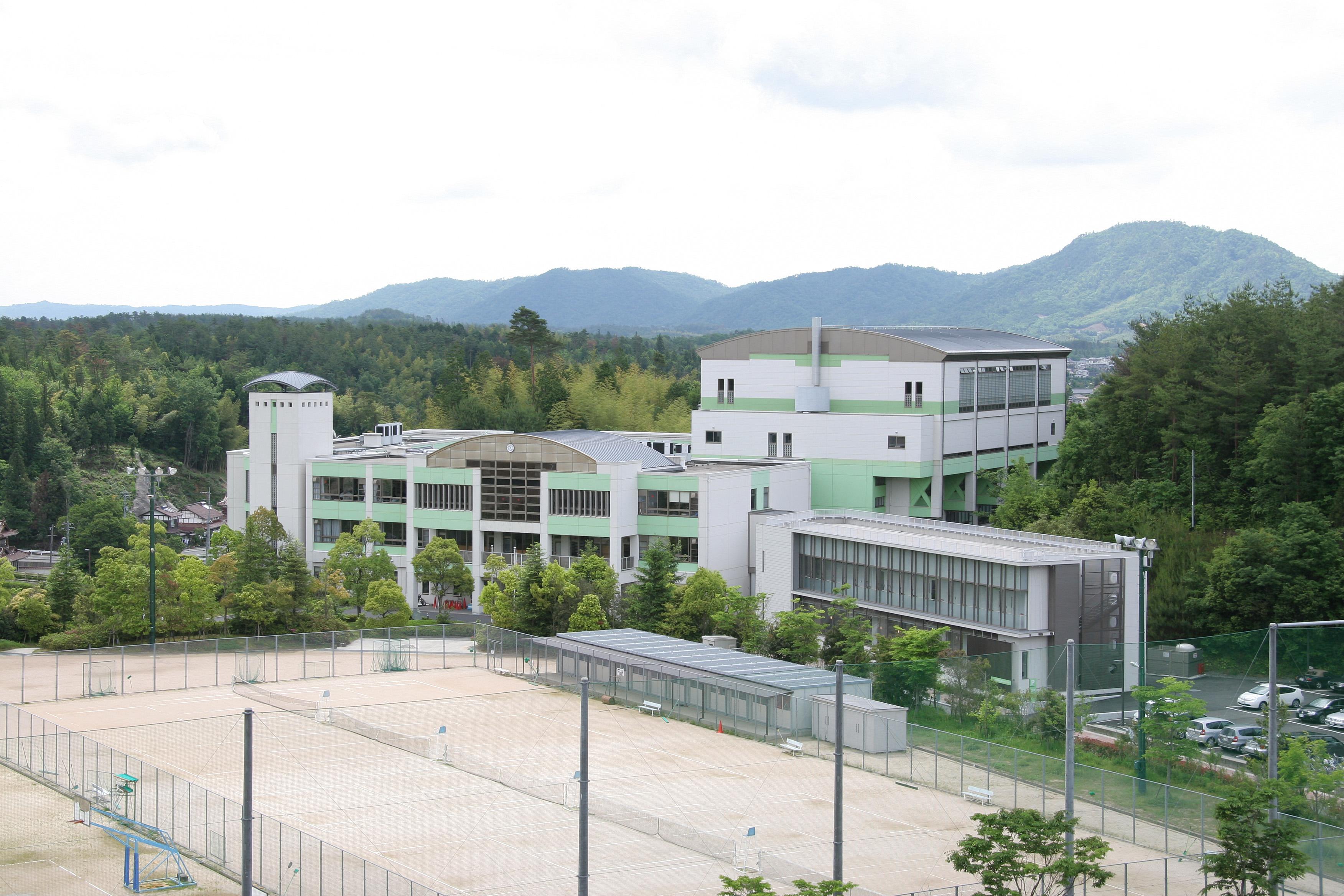 新宮 学校 高等 附属 大学 近畿