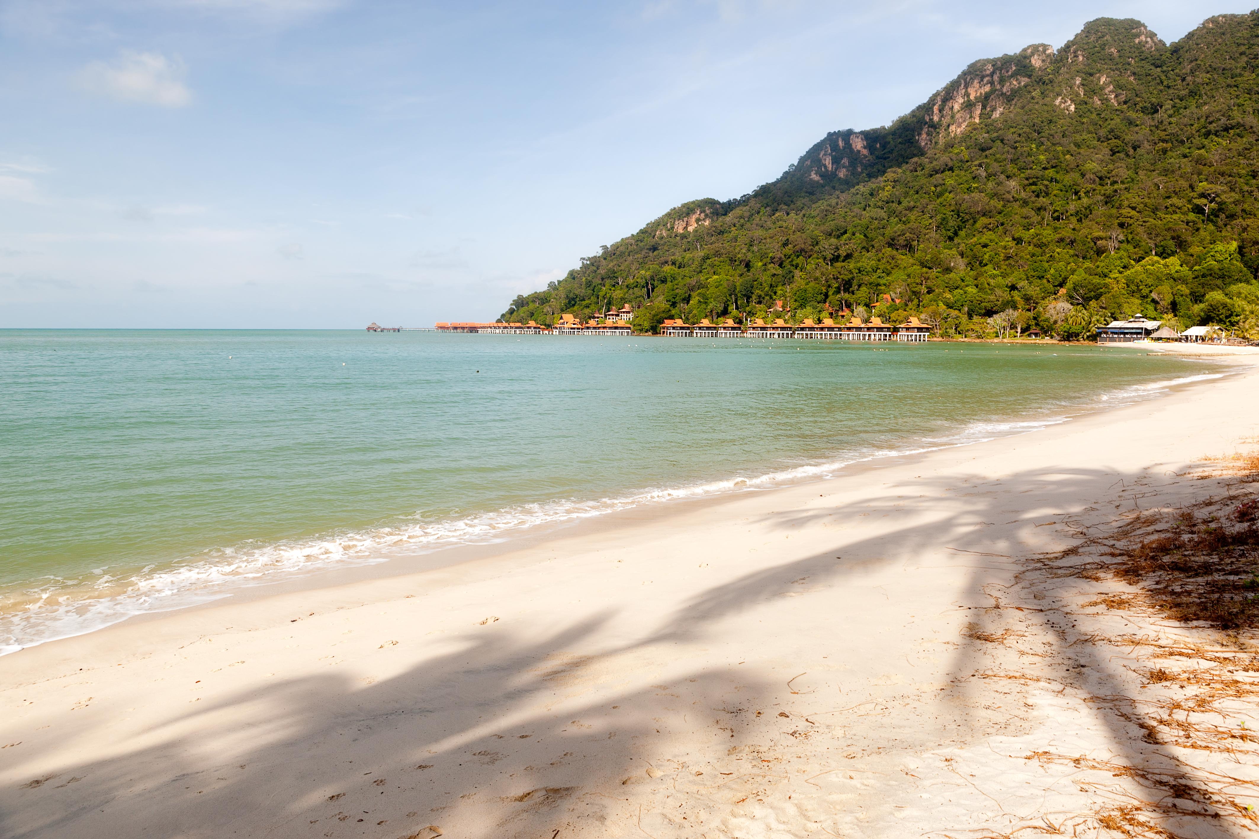Http Commons Wikimedia Org Wiki File Langkawi Beach Jpg