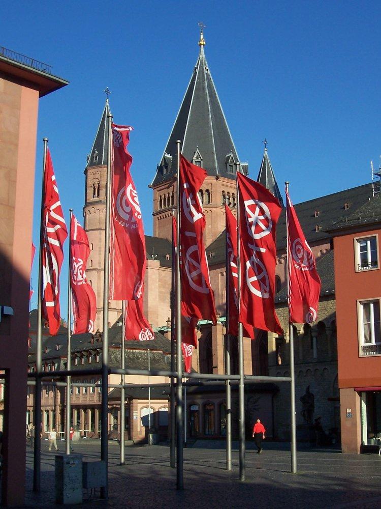 Mainz-flags.jpg