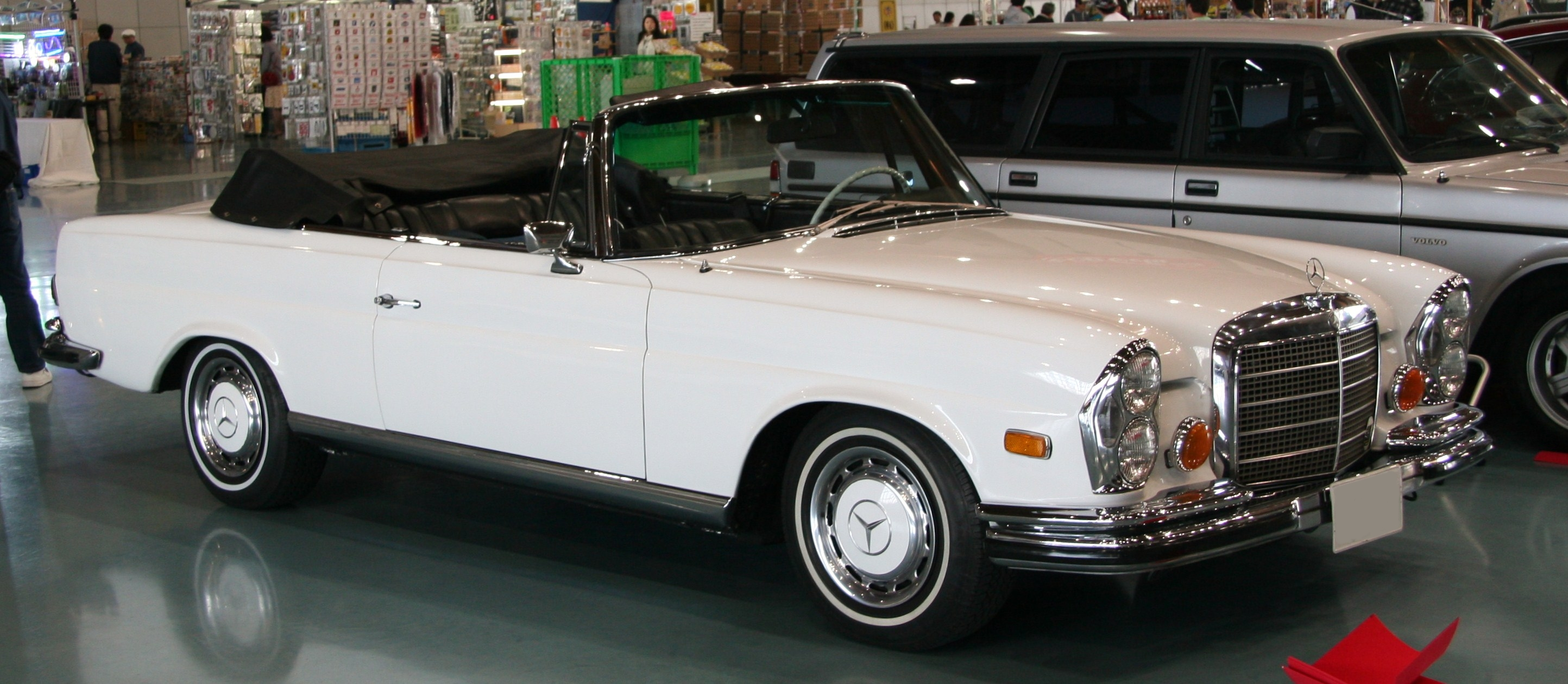 Image gallery mercedes 280 convertible for 1969 mercedes benz 280 se convertible