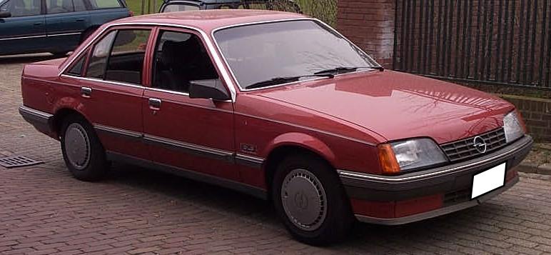 Opel_Rekord_GLS_1986_red.jpg