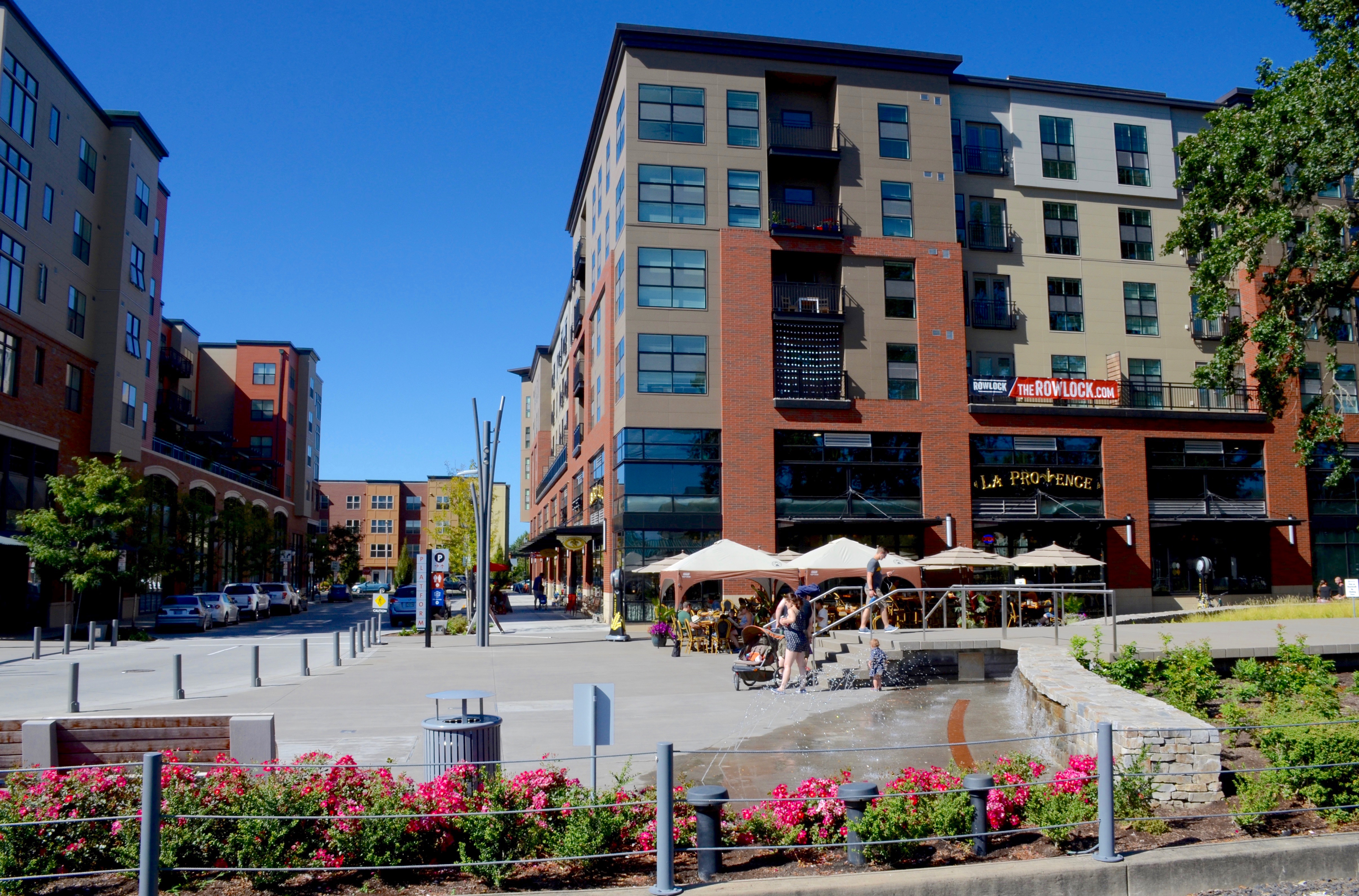 City Plaza Apartments