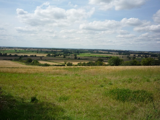 File:Over the Vale of York - geograph.org.uk - 1436851.jpg