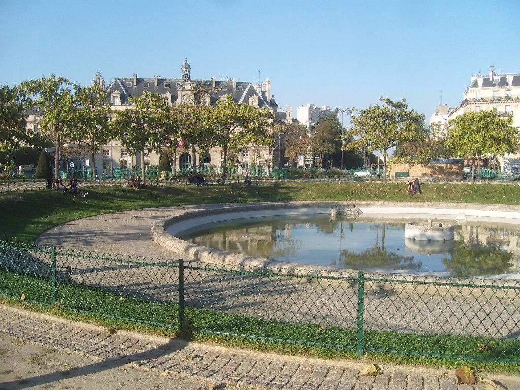 File Paris 13e Square de la place d Italie vue 2