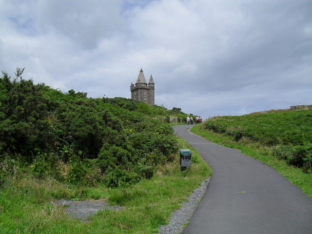 Path up to Scrabo Tower - geograph.org.uk - 1404408