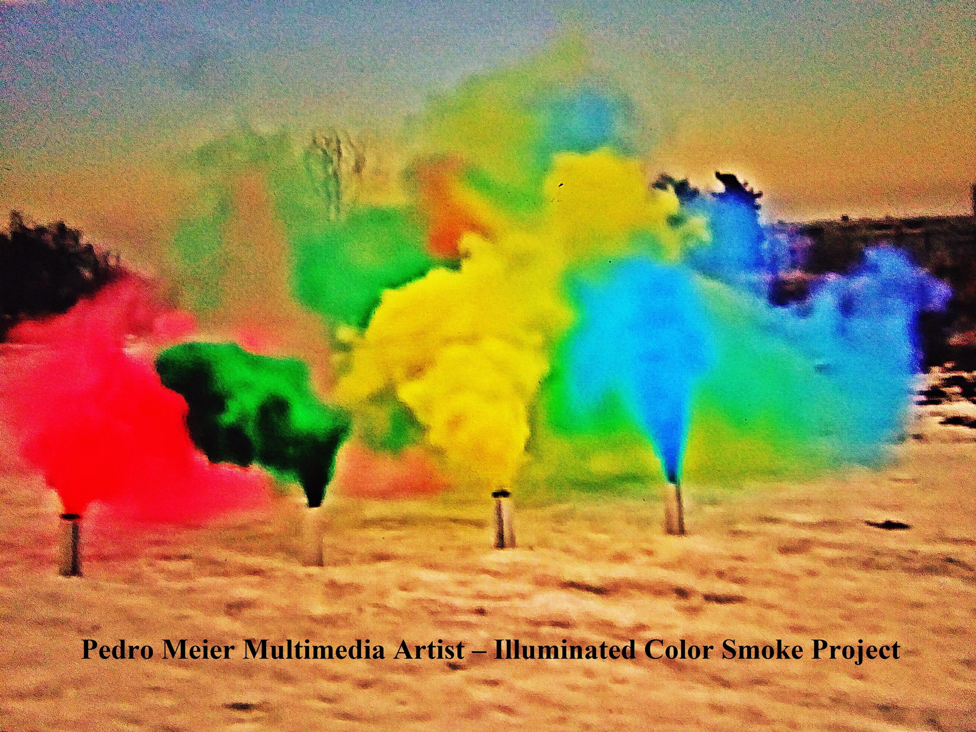 File:Pedro Meier Rauch Performance »Illuminated Color Smoke