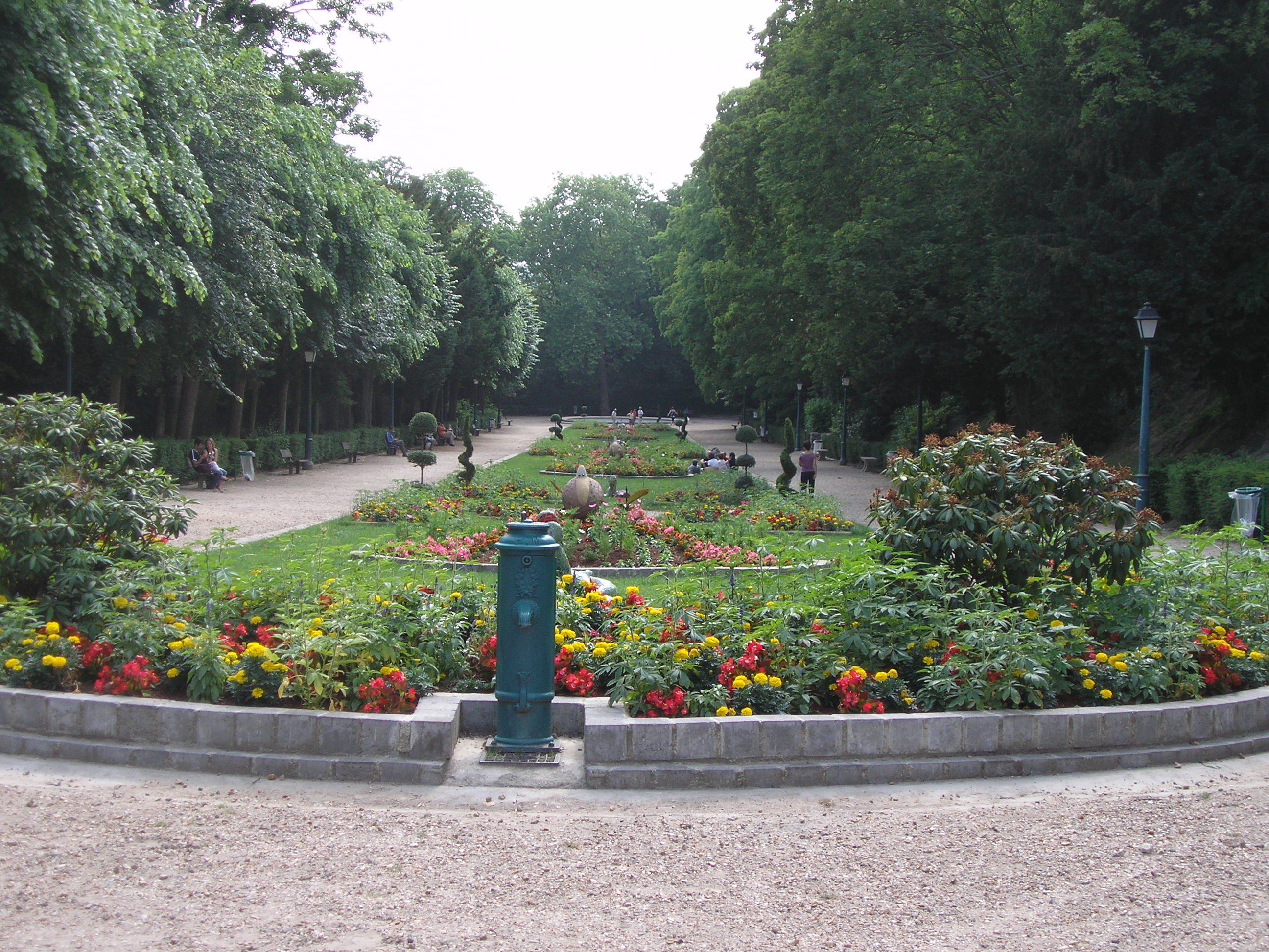 File pontoise jardin de la ville jpg wikimedia commons for Piscine pontoise
