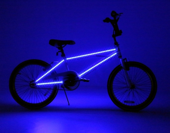 https://upload.wikimedia.org/wikipedia/commons/f/ff/Popal_BMX_LED_fiets.jpg