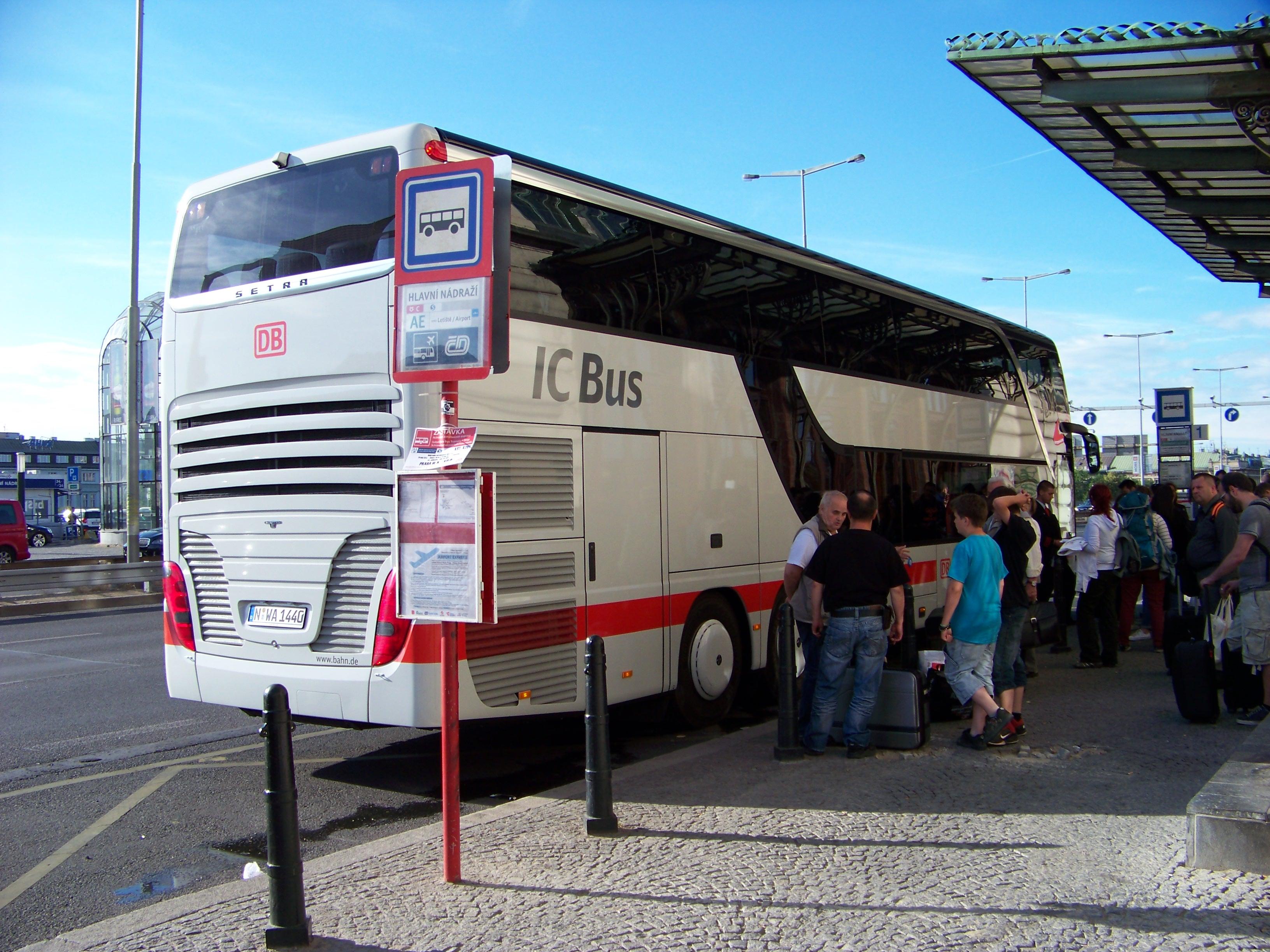 File Praha Hlavni Nadrazi Ic Bus Nurnberg 01 Jpg Wikimedia Commons