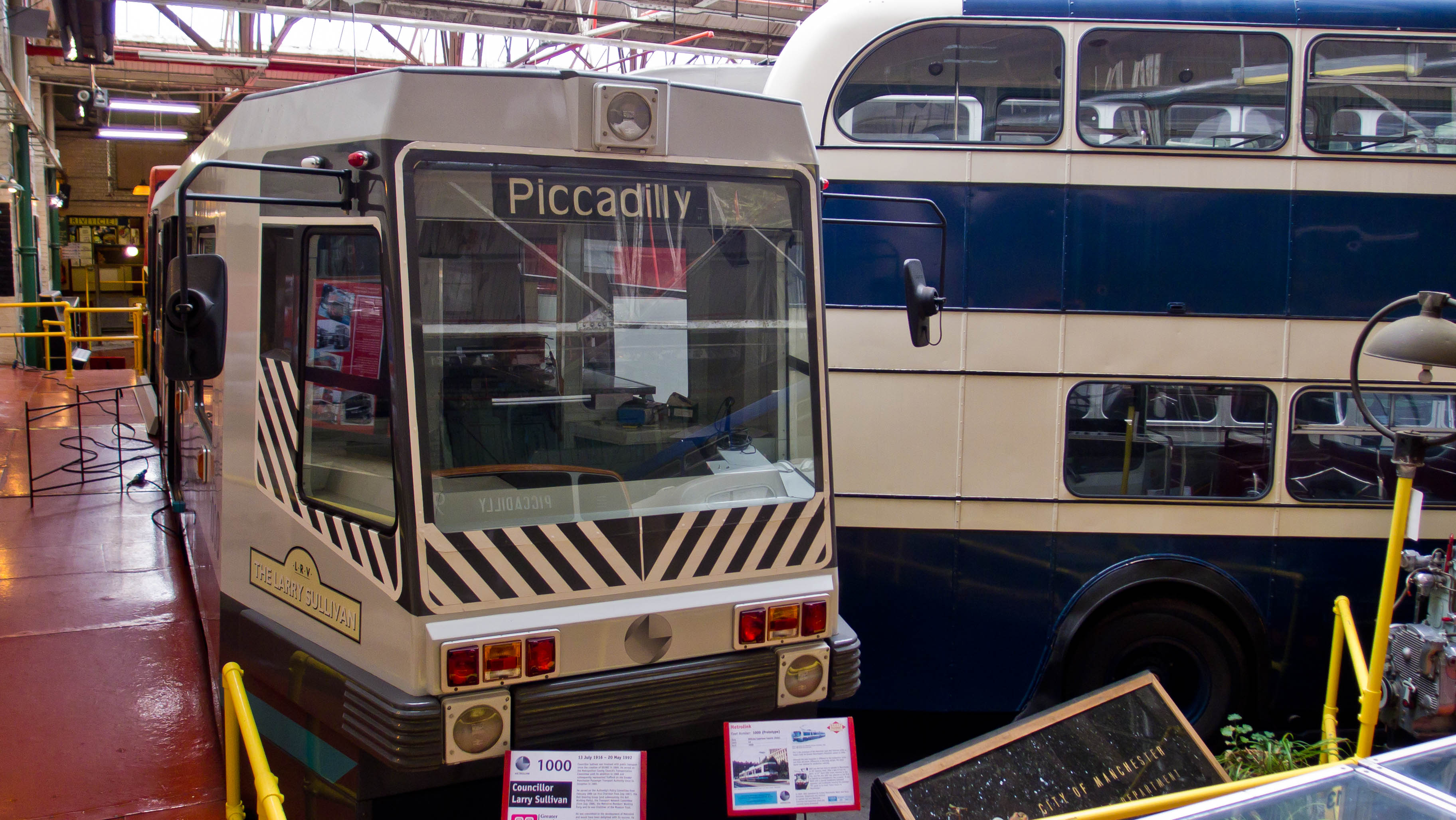 File:Prototype Metrolink tram at Manchester Museum of Transport ...