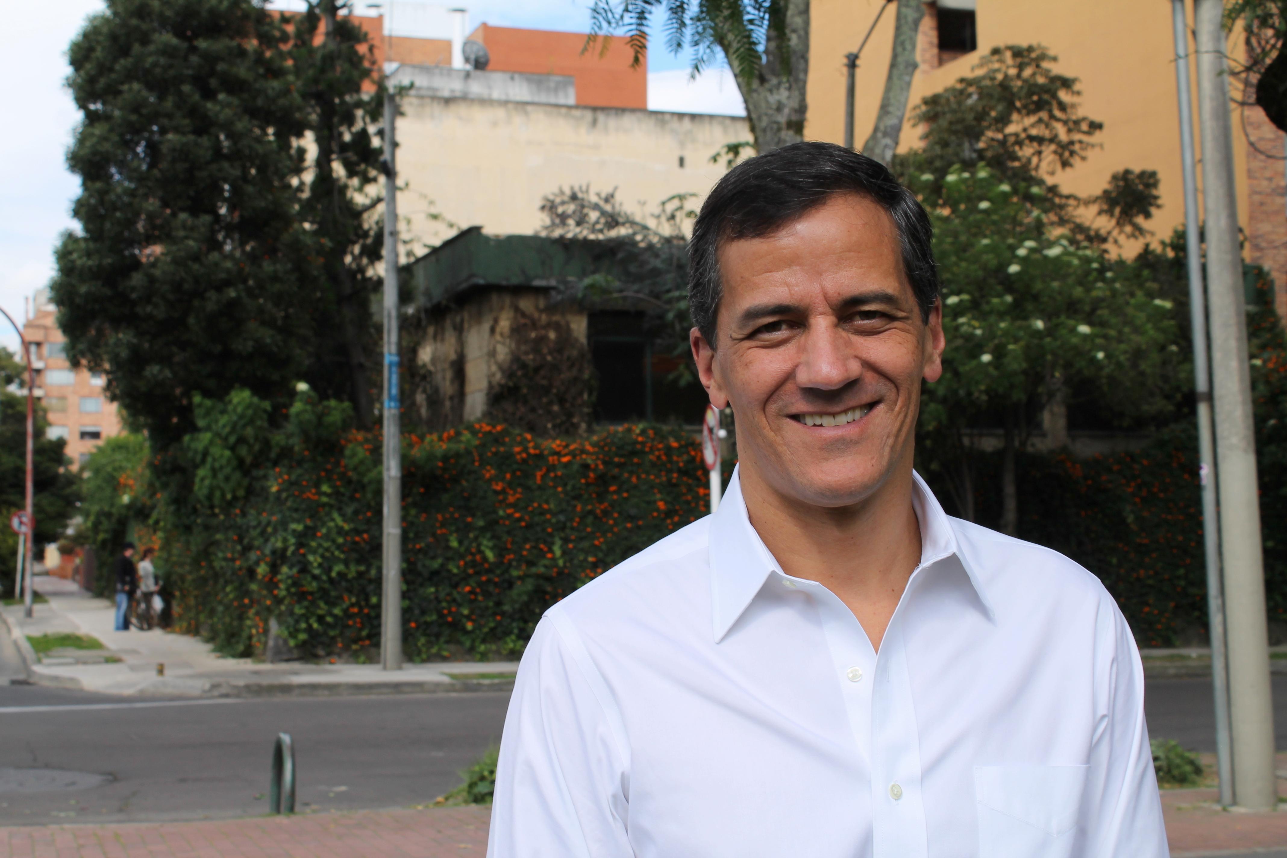 Rafael Nieto Loaiza - Wikipedia, la enciclopedia libre