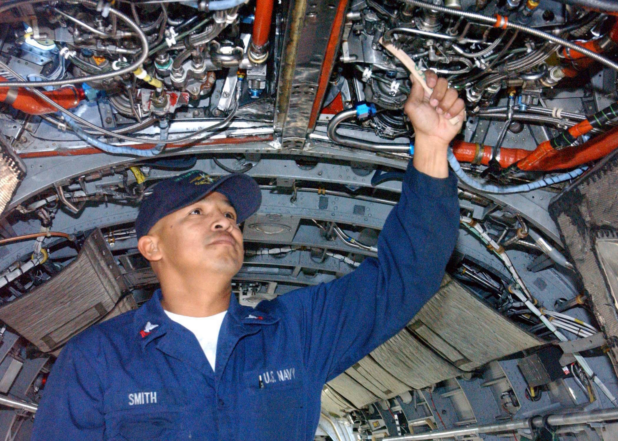 fileus navy 021122 n 8156w 002 aviation machinist mate 2nd class