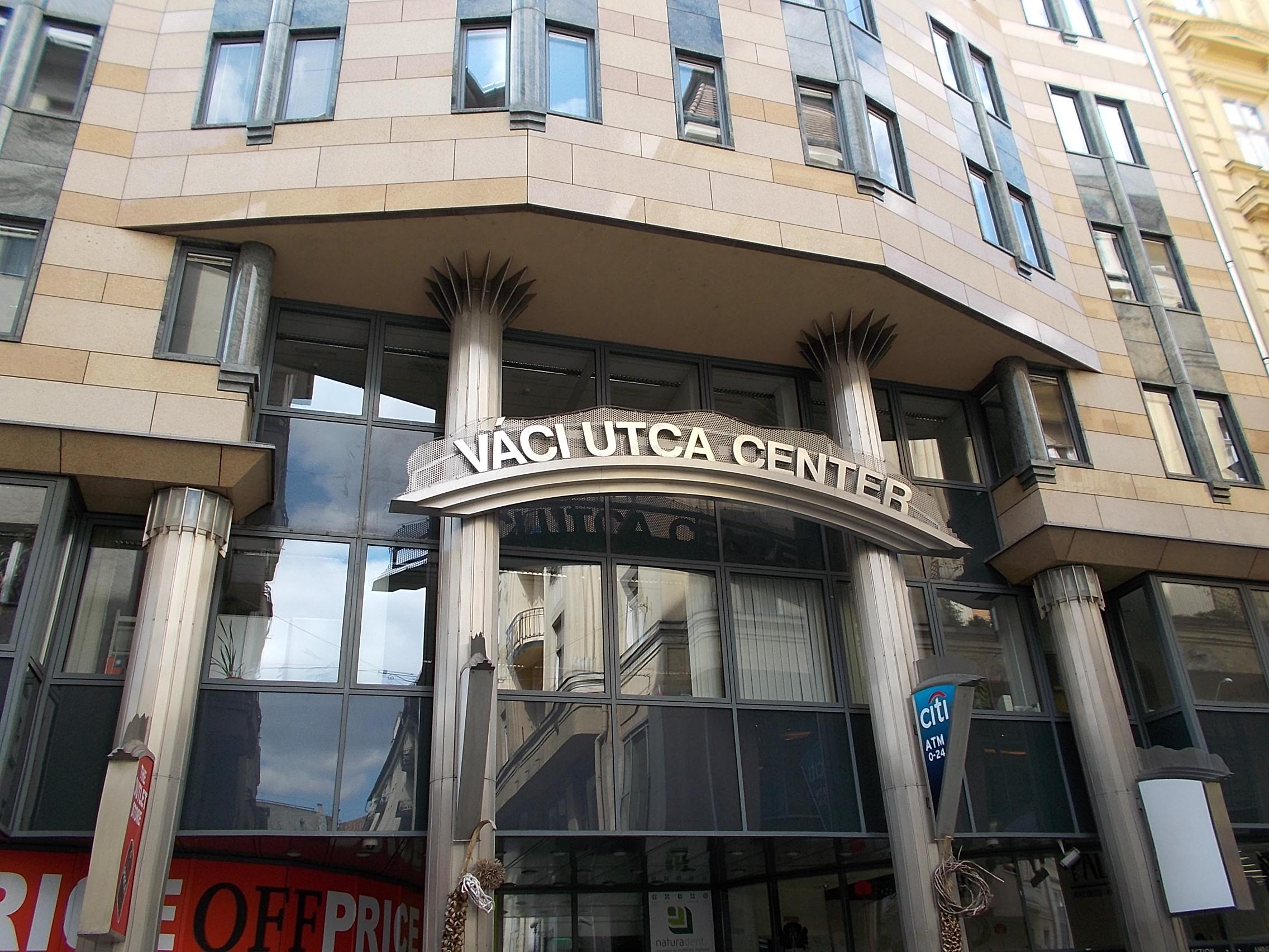 Vaci Street Budapest Restaurants